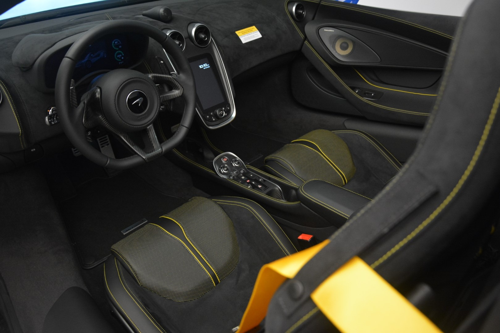 New 2019 McLaren 570S Spider Convertible For Sale In Westport, CT 2599_p24