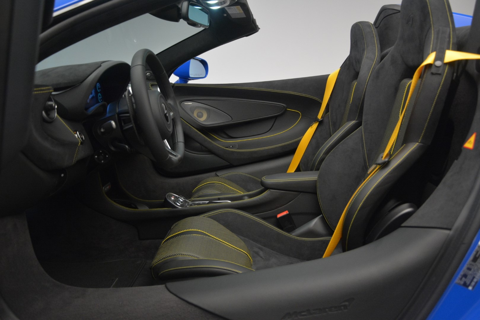 New 2019 McLaren 570S Spider Convertible For Sale In Westport, CT 2599_p25