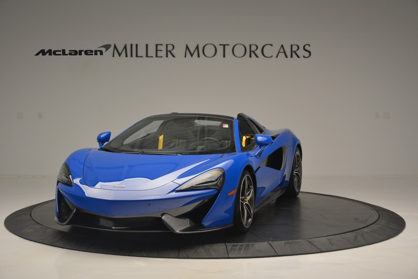 New 2019 McLaren 570S Spider Convertible For Sale In Westport, CT 2599_p2