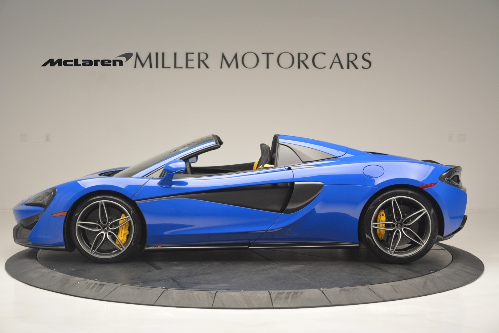 New 2019 McLaren 570S Spider Convertible For Sale In Westport, CT 2599_p3