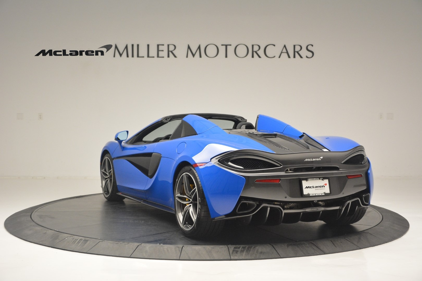 New 2019 McLaren 570S Spider Convertible For Sale In Westport, CT 2599_p5