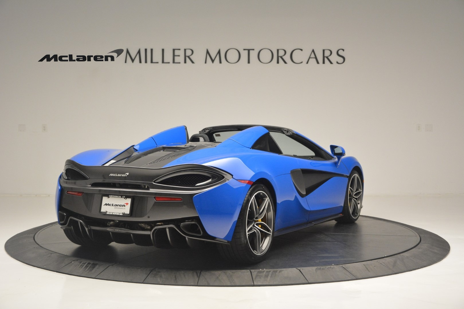 New 2019 McLaren 570S Spider Convertible For Sale In Westport, CT 2599_p7