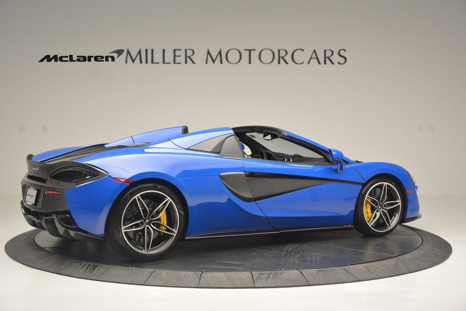 New 2019 McLaren 570S Spider Convertible For Sale In Westport, CT 2599_p8