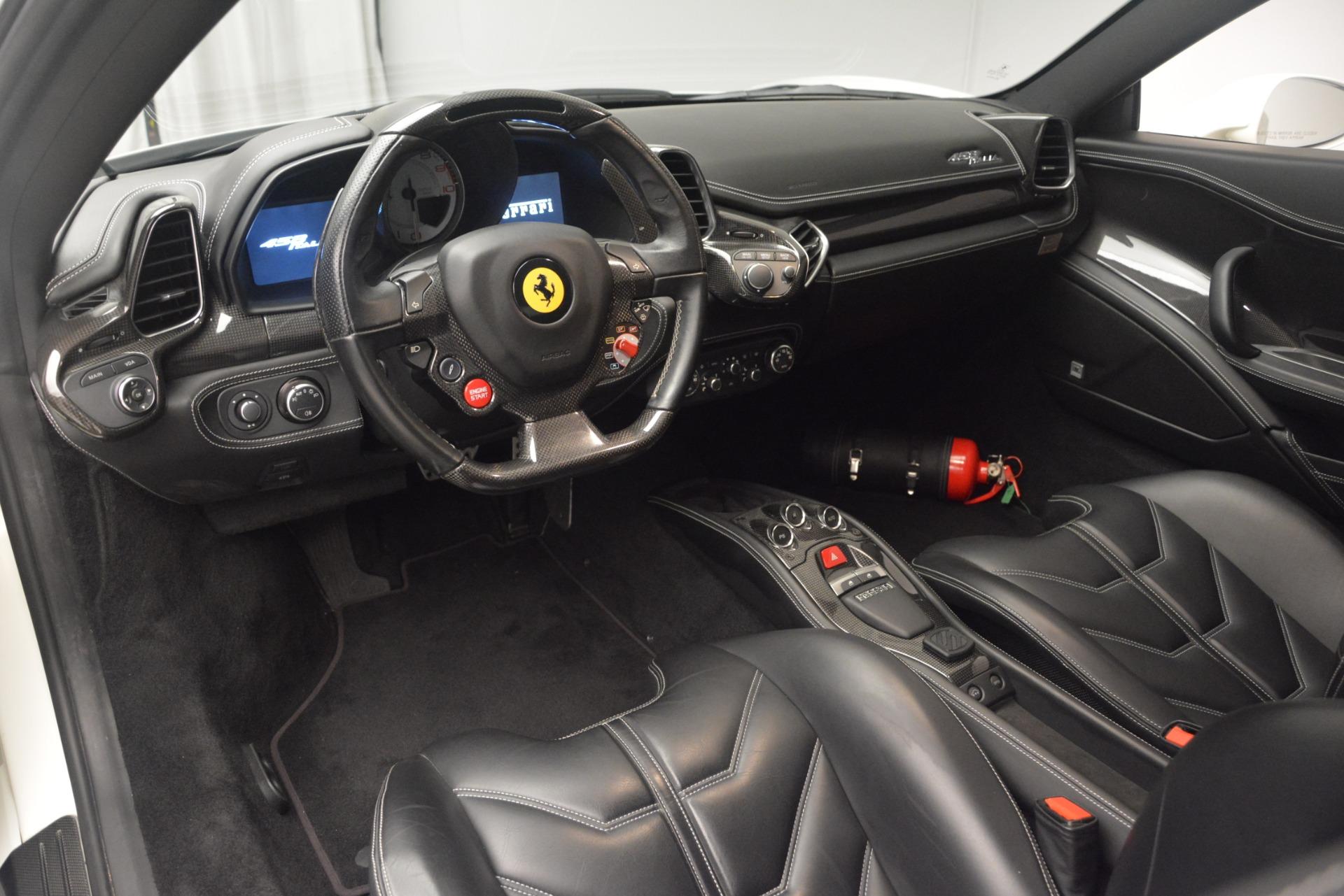 Used 2010 Ferrari 458 Italia  For Sale In Westport, CT 2602_p13