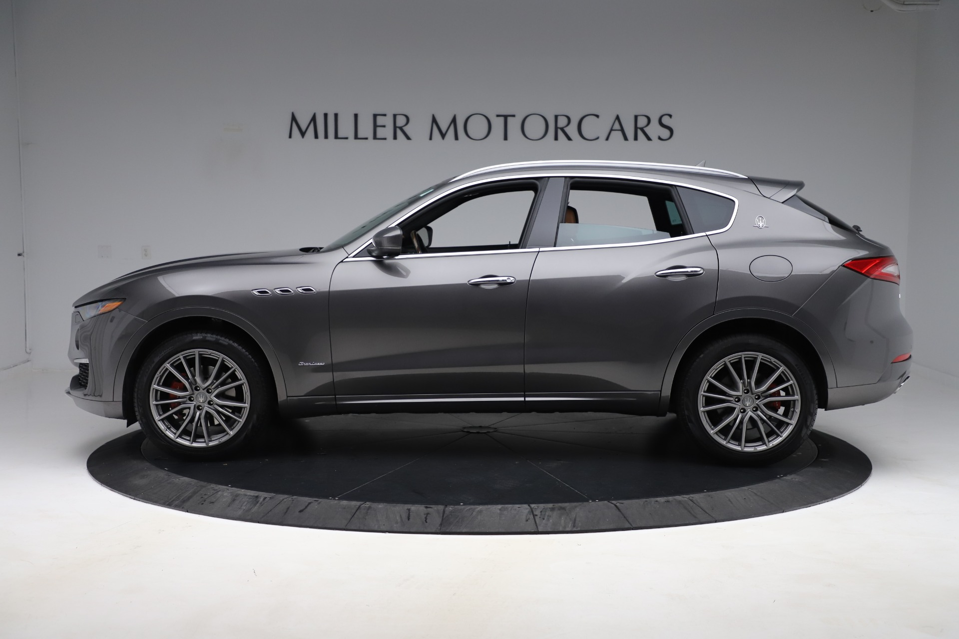 Used 2019 Maserati Levante Q4 GranLusso For Sale In Westport, CT 2616_p3