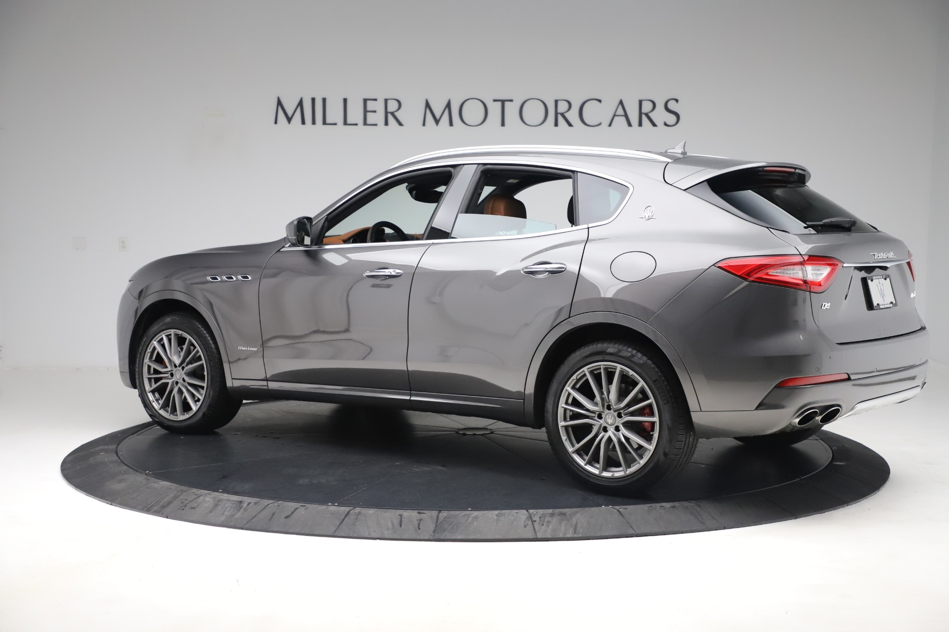 Used 2019 Maserati Levante Q4 GranLusso For Sale In Westport, CT 2616_p4
