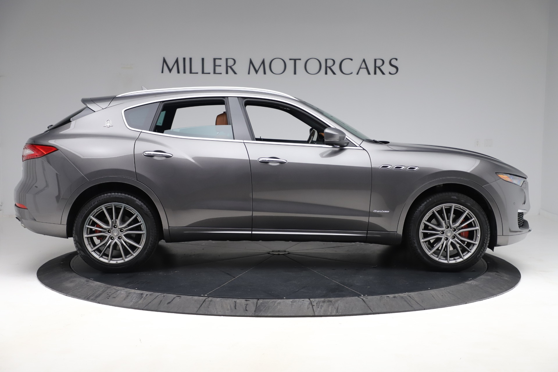 Used 2019 Maserati Levante Q4 GranLusso For Sale In Westport, CT 2616_p9