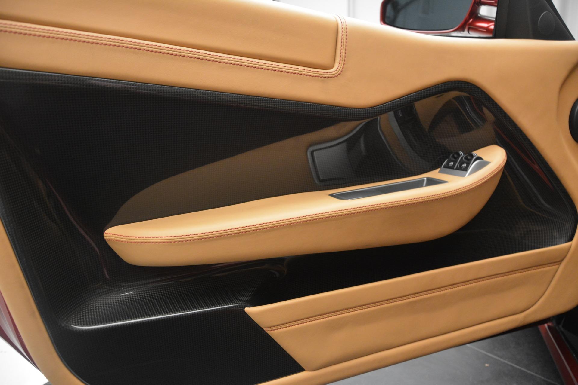 Used 2009 Ferrari 599 GTB Fiorano  For Sale In Westport, CT 2617_p16