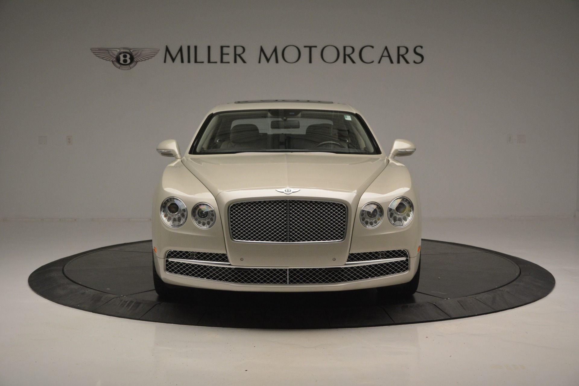 Used 2014 Bentley Flying Spur W12 For Sale In Westport, CT 2624_p12