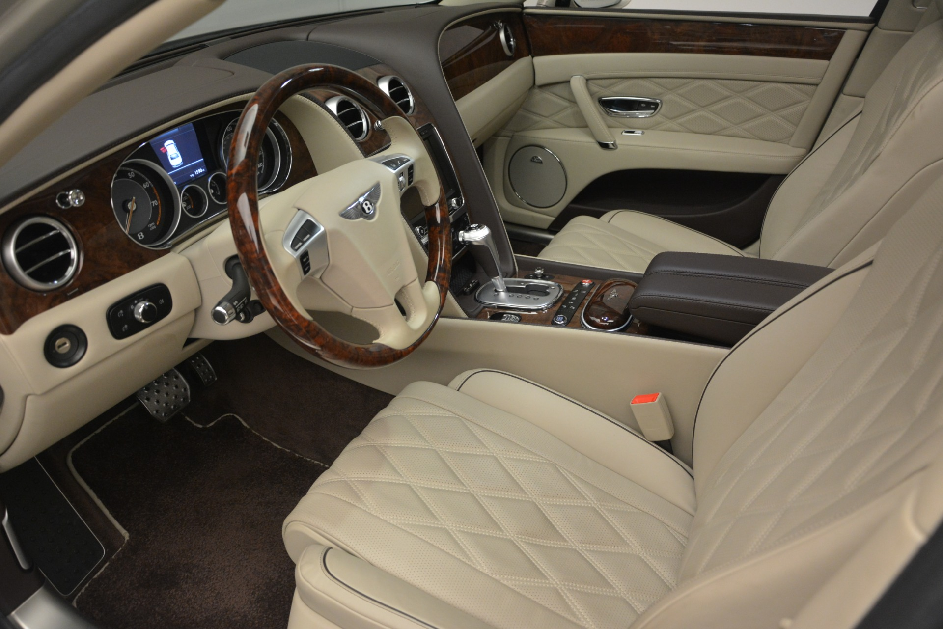 Used 2014 Bentley Flying Spur W12 For Sale In Westport, CT 2624_p17