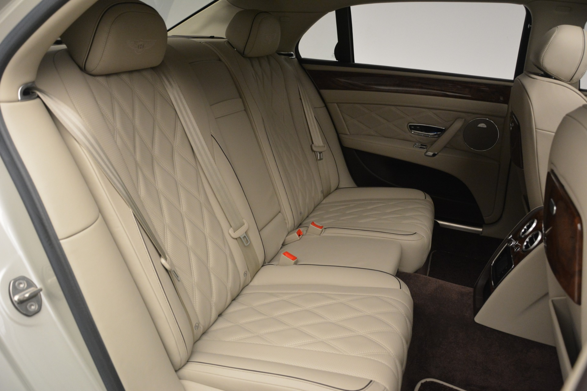 Used 2014 Bentley Flying Spur W12 For Sale In Westport, CT 2624_p31
