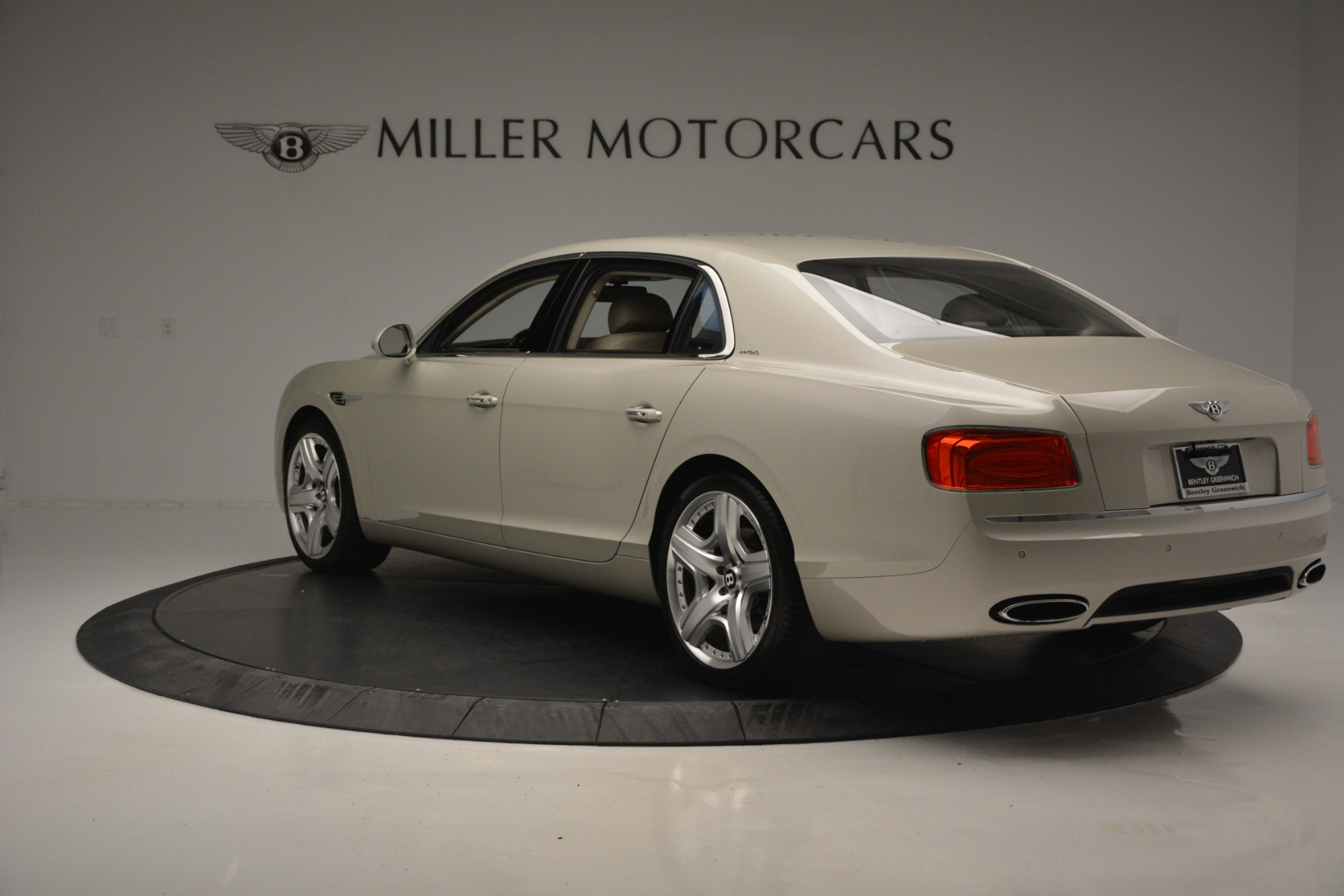 Used 2014 Bentley Flying Spur W12 For Sale In Westport, CT 2624_p5