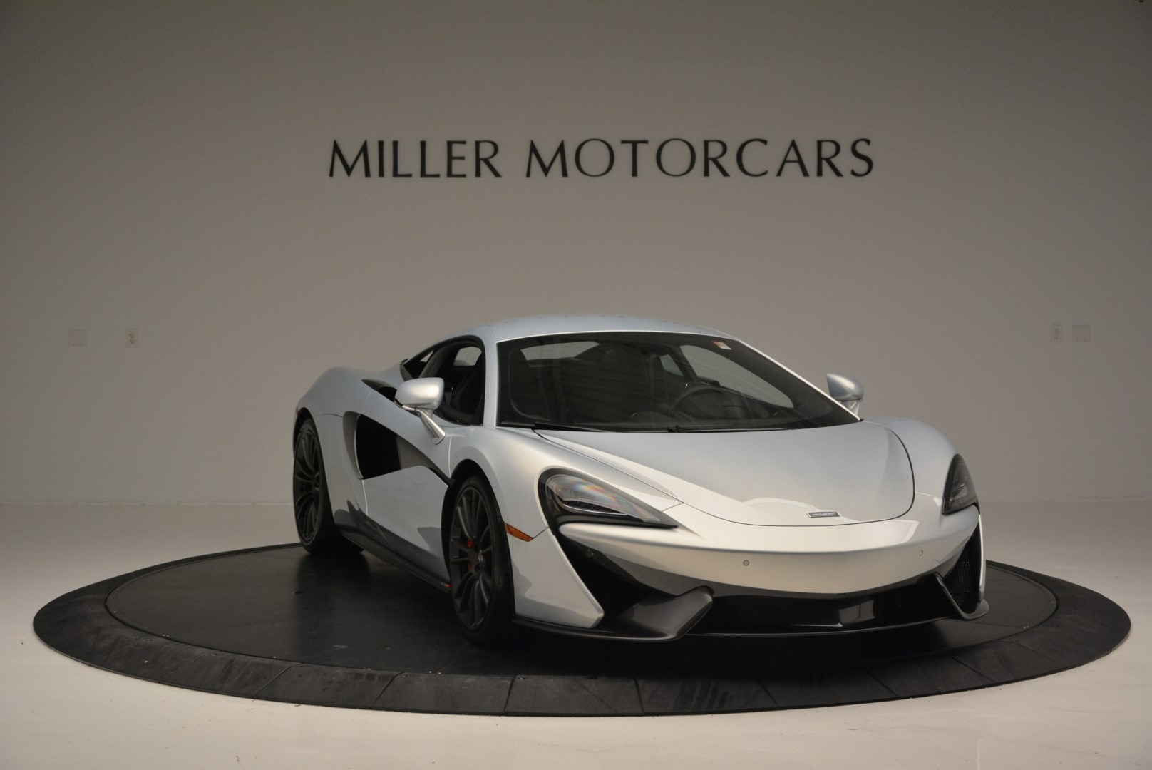 Used 2017 McLaren 570S Coupe For Sale In Westport, CT 2642_p11