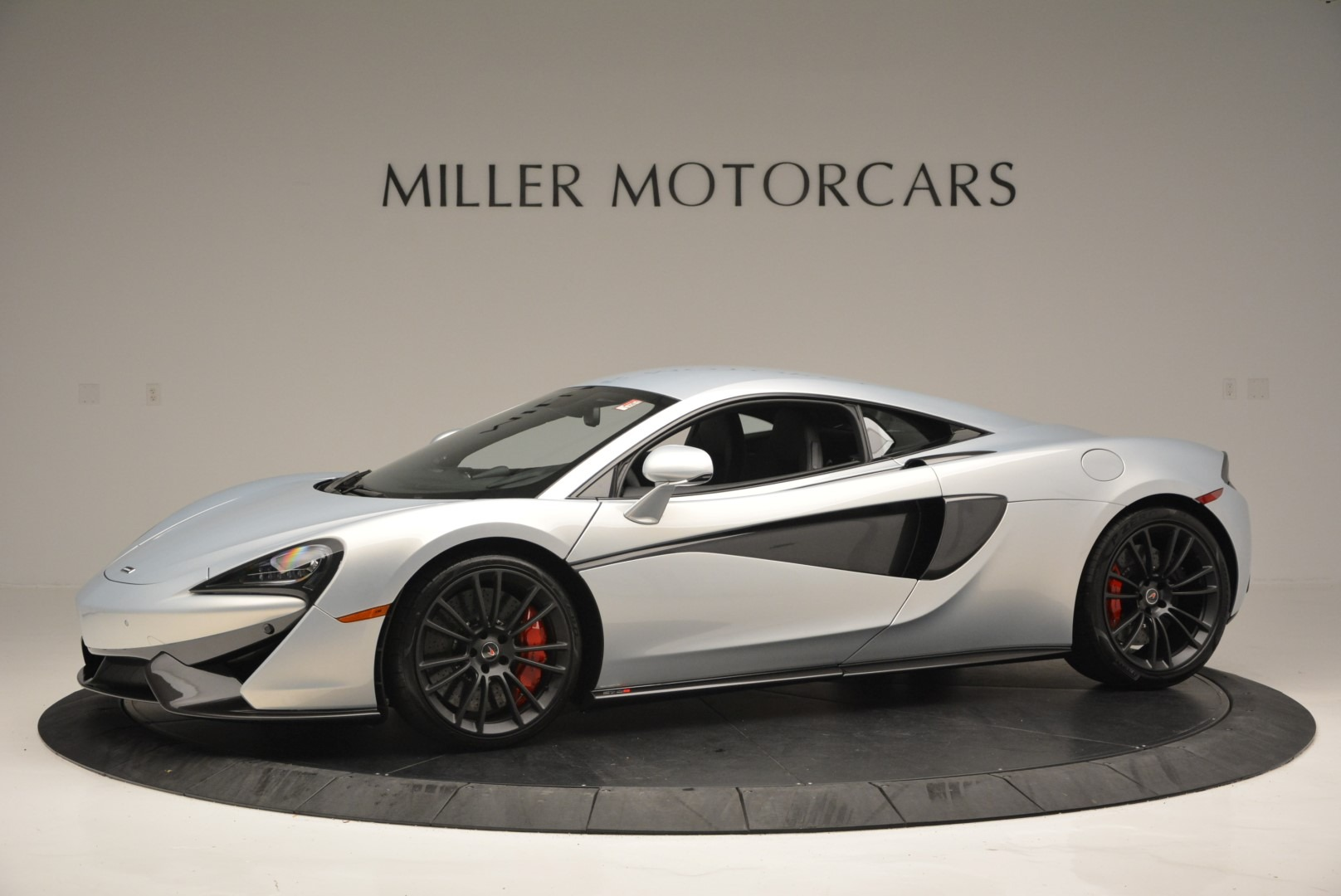 Used 2017 McLaren 570S Coupe For Sale In Westport, CT 2642_p2