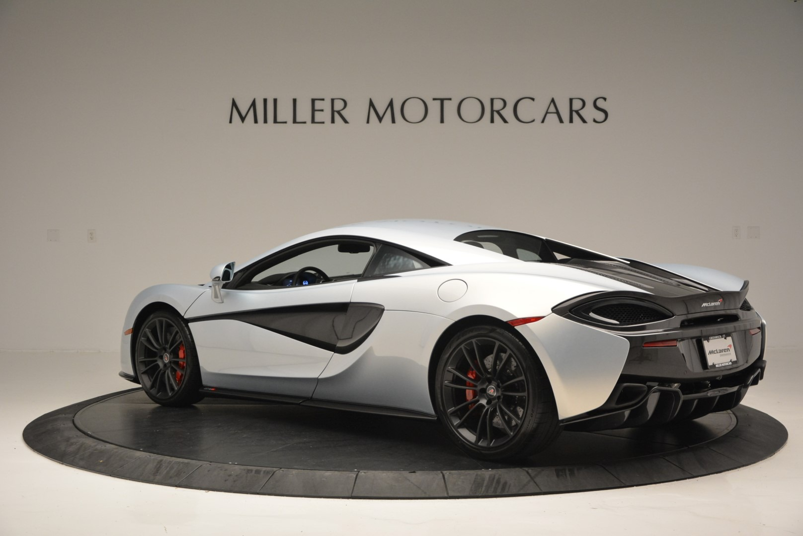 Used 2017 McLaren 570S Coupe For Sale In Westport, CT 2642_p4