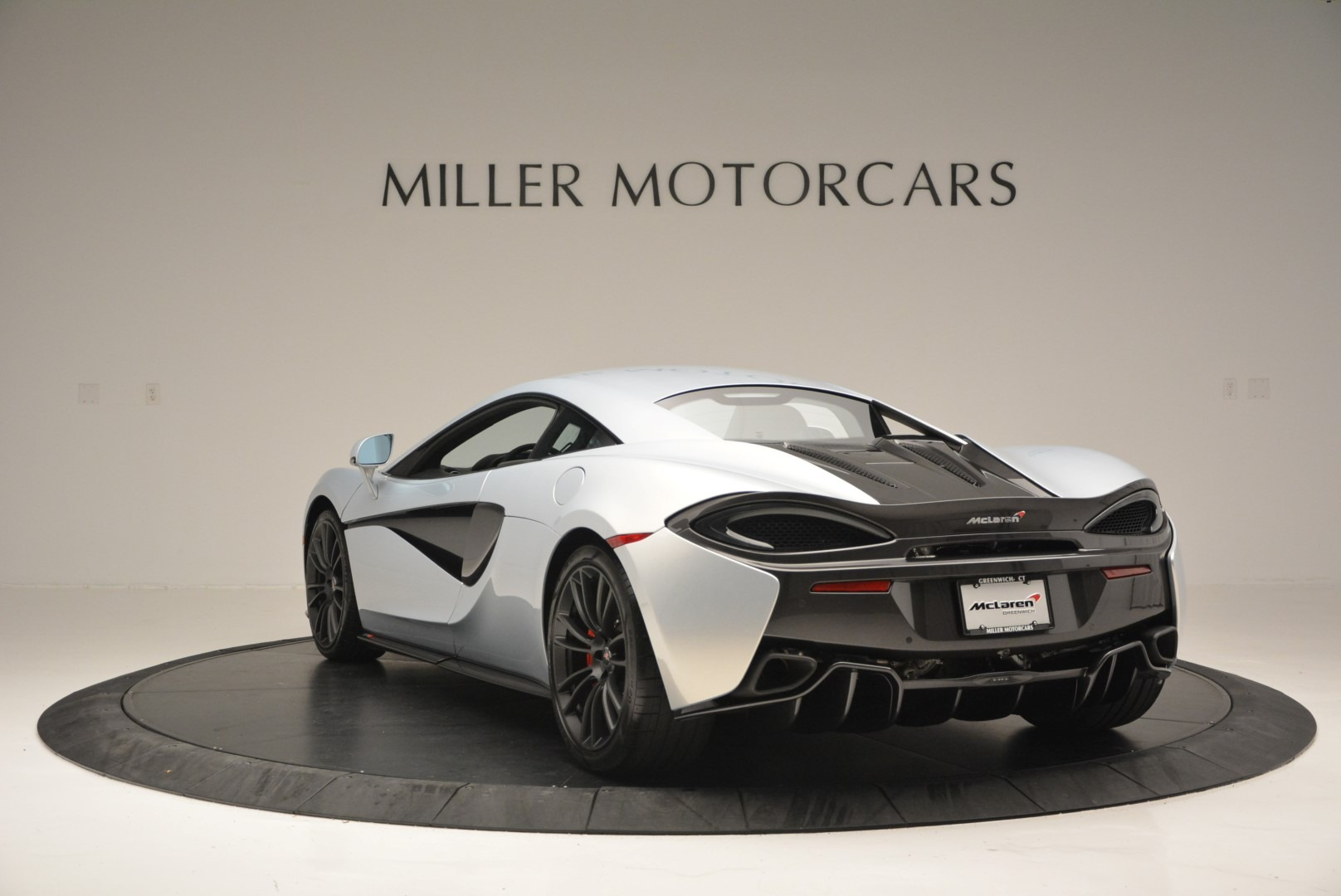 Used 2017 McLaren 570S Coupe For Sale In Westport, CT 2642_p5