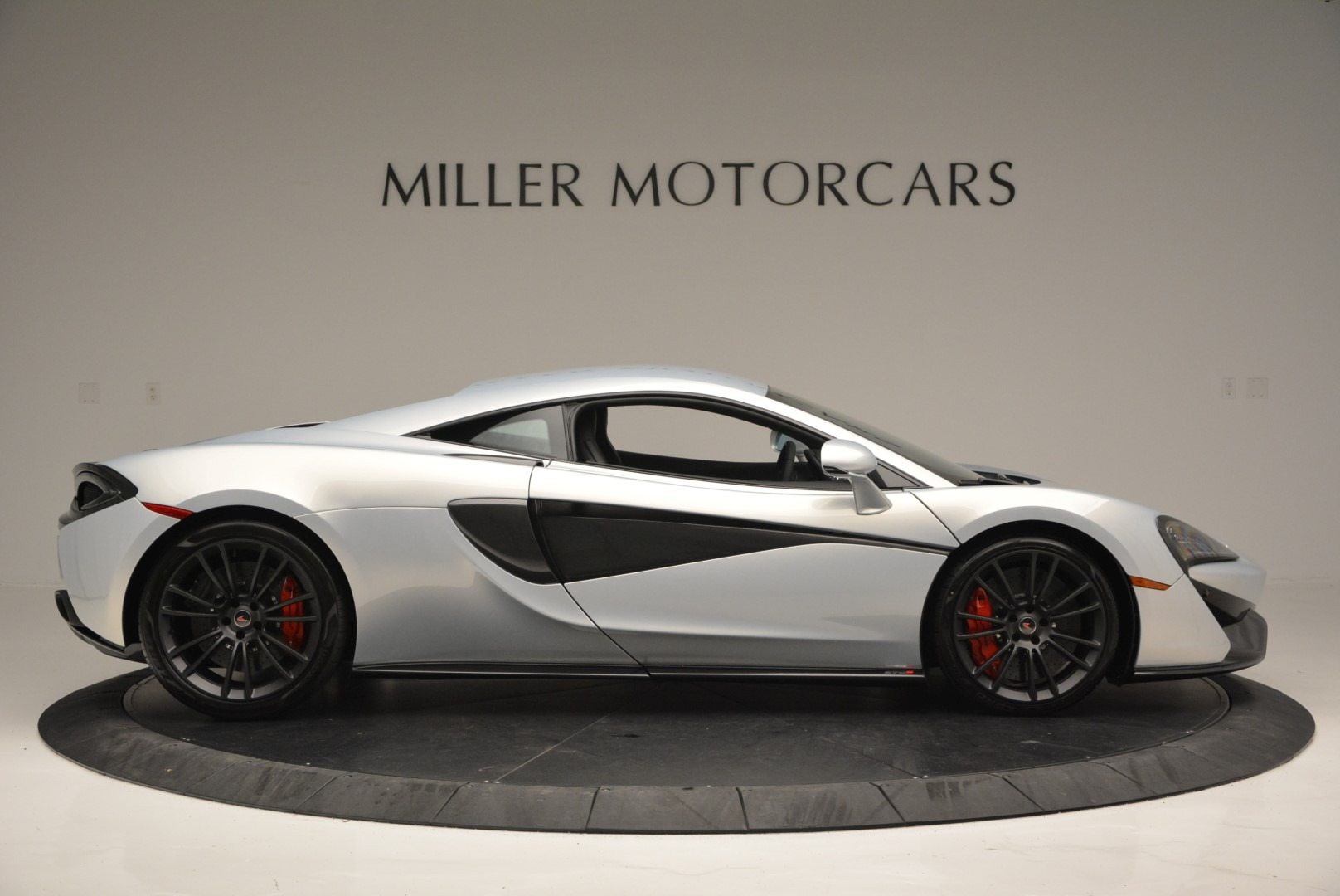 Used 2017 McLaren 570S Coupe For Sale In Westport, CT 2642_p9