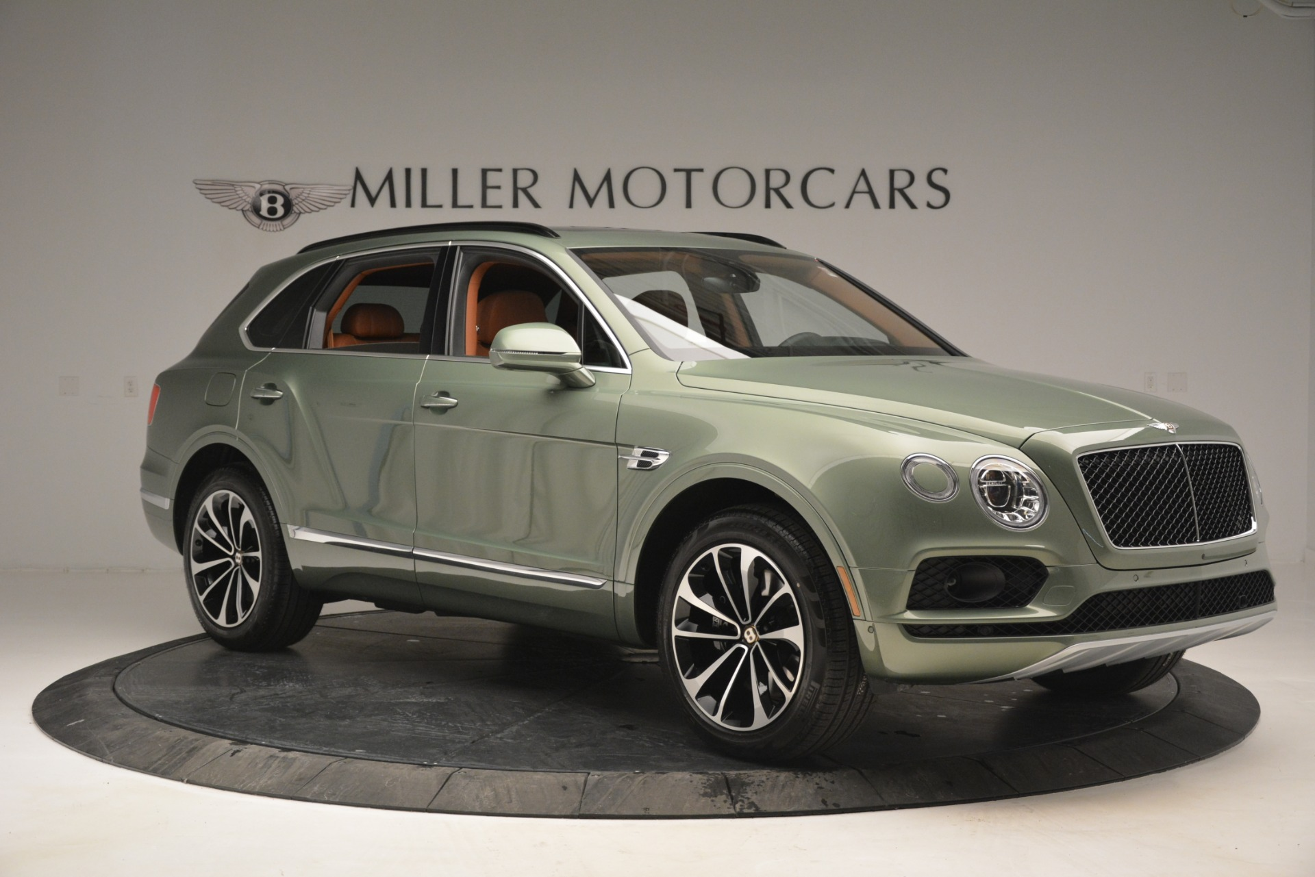New 2019 Bentley Bentayga V8 For Sale In Westport, CT 2644_p10