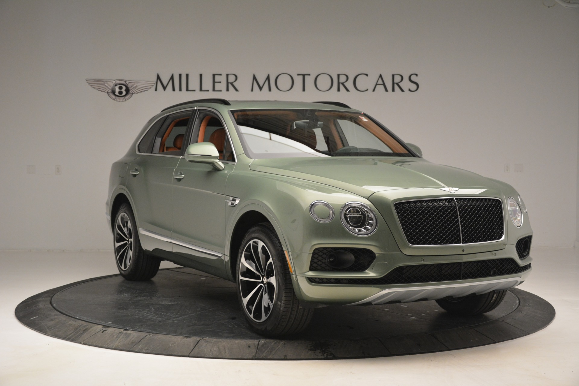 New 2019 Bentley Bentayga V8 For Sale In Westport, CT 2644_p11