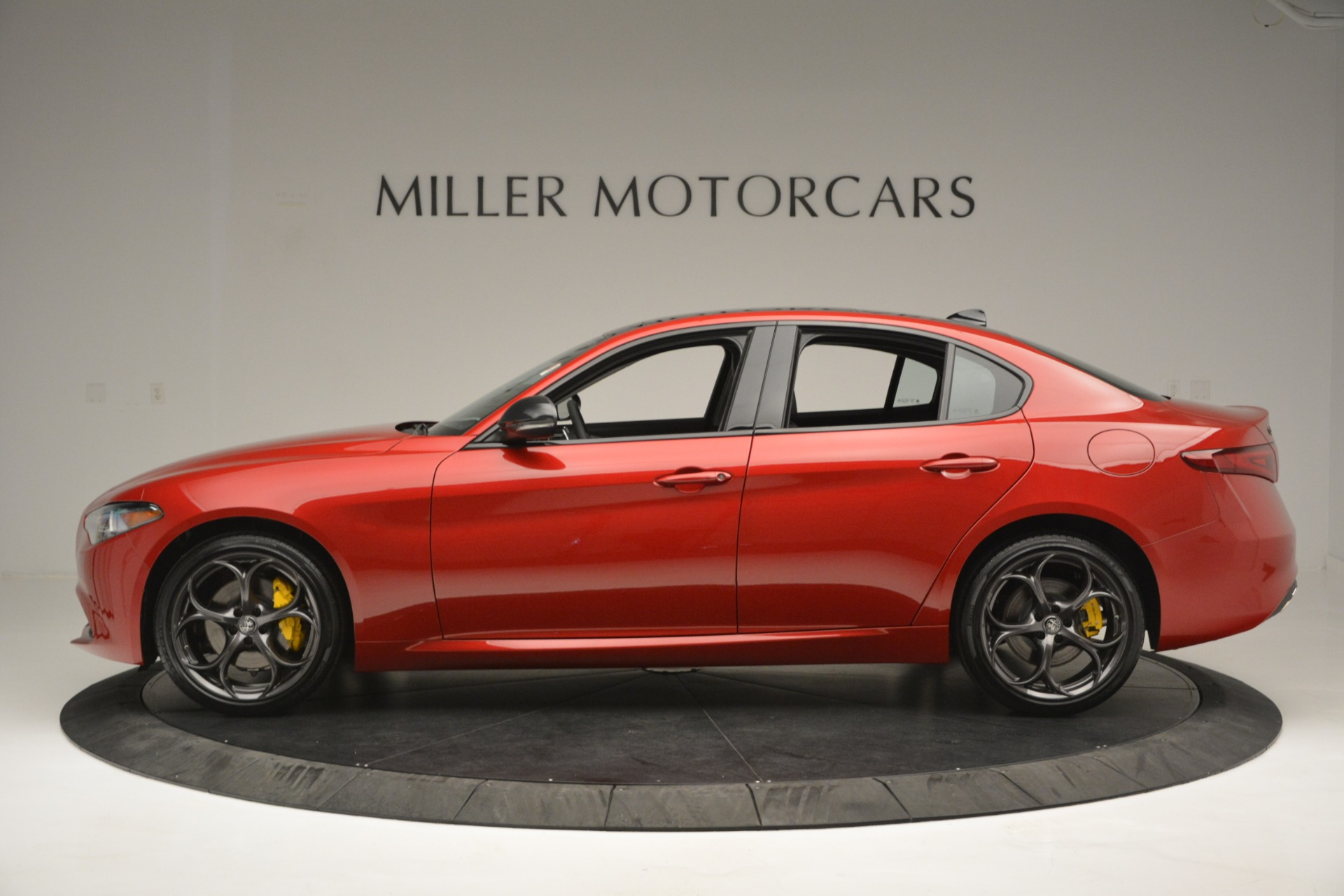 New 2018 Alfa Romeo Giulia Ti Q4 For Sale In Westport, CT 2649_p3
