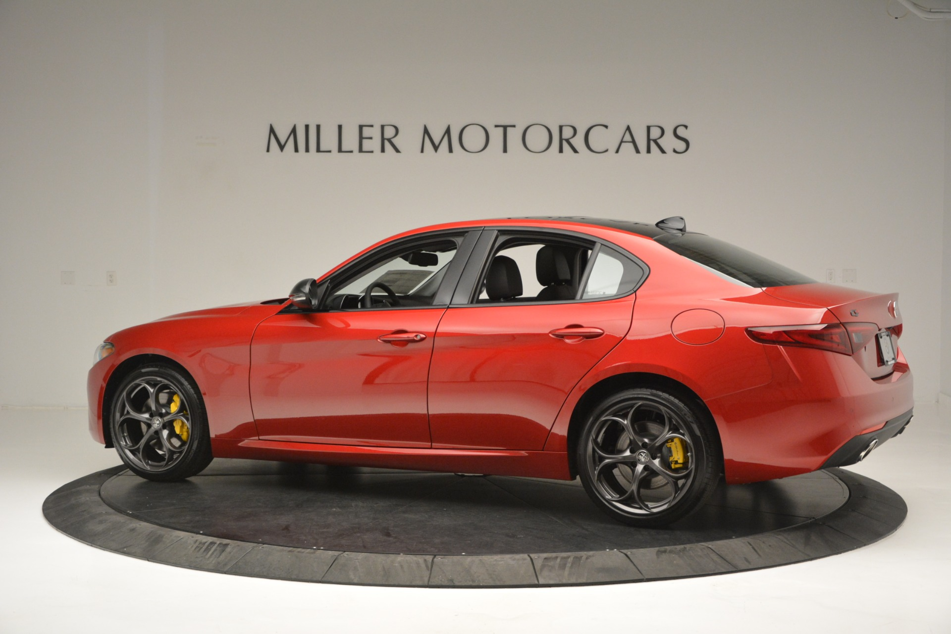 New 2018 Alfa Romeo Giulia Ti Q4 For Sale In Westport, CT 2649_p4