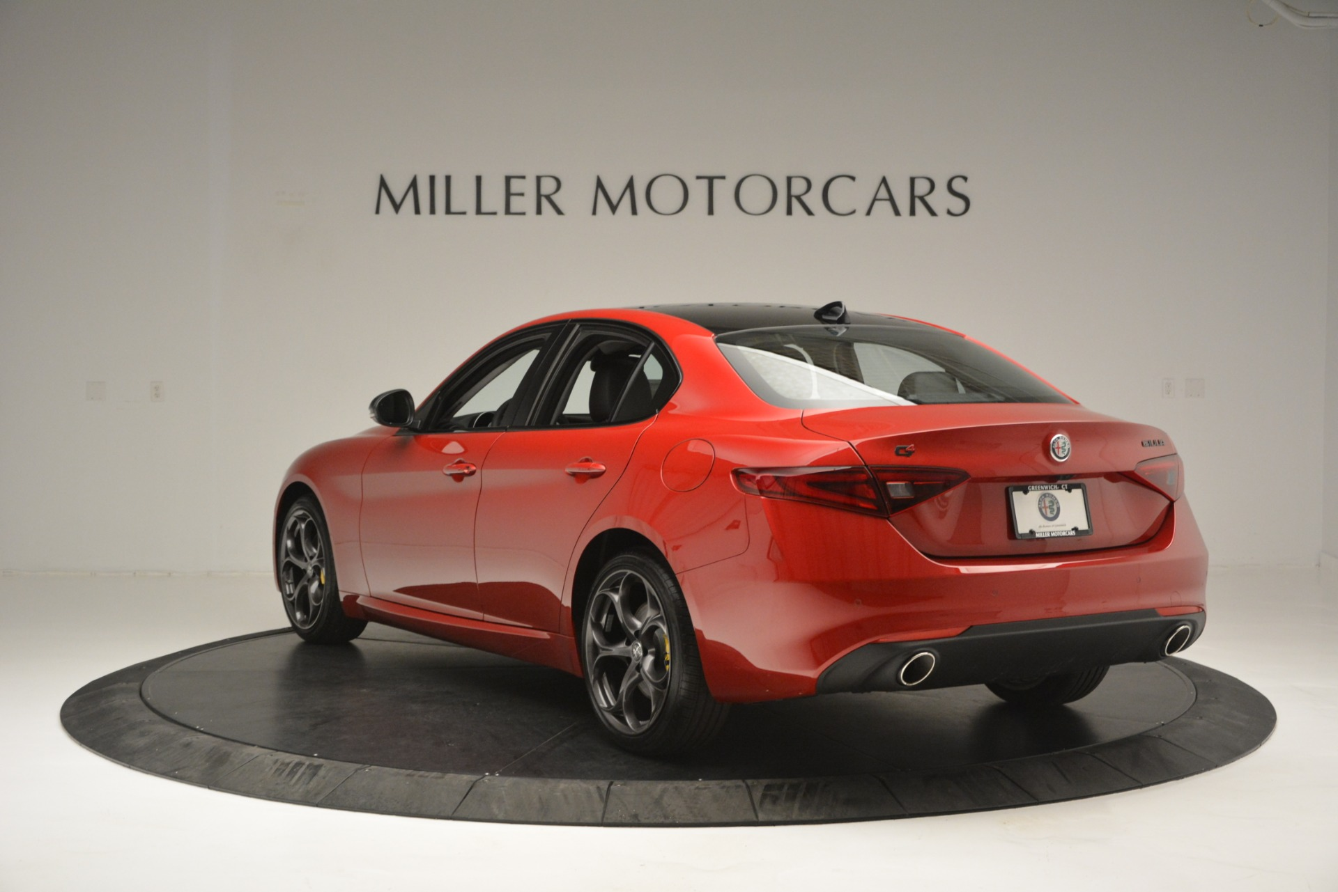 New 2018 Alfa Romeo Giulia Ti Q4 For Sale In Westport, CT 2649_p5