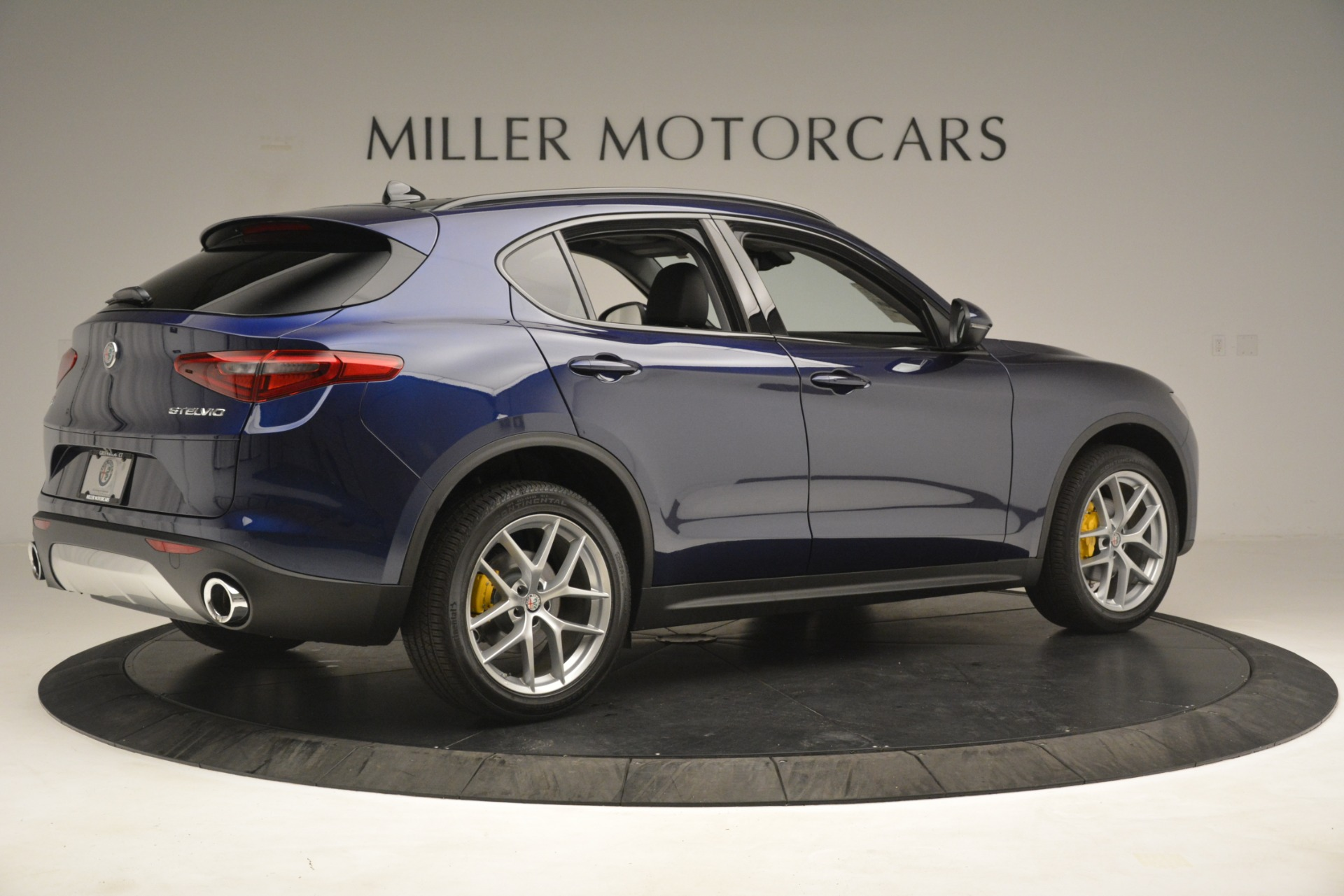 New 2019 Alfa Romeo Stelvio SPORT AWD For Sale In Westport, CT 2652_p8