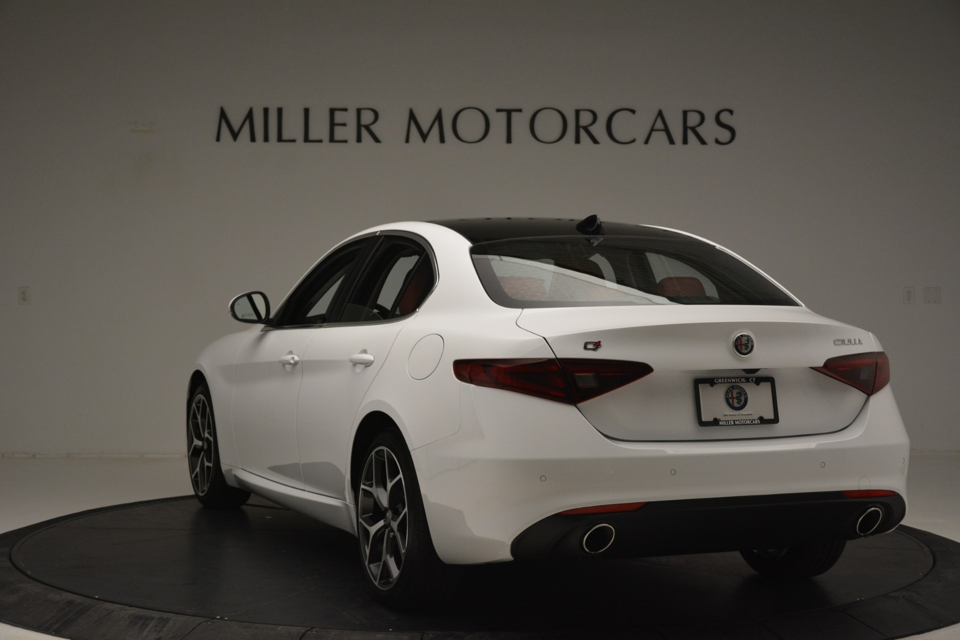 New 2019 Alfa Romeo Giulia Ti Q4 For Sale In Westport, CT 2667_p5