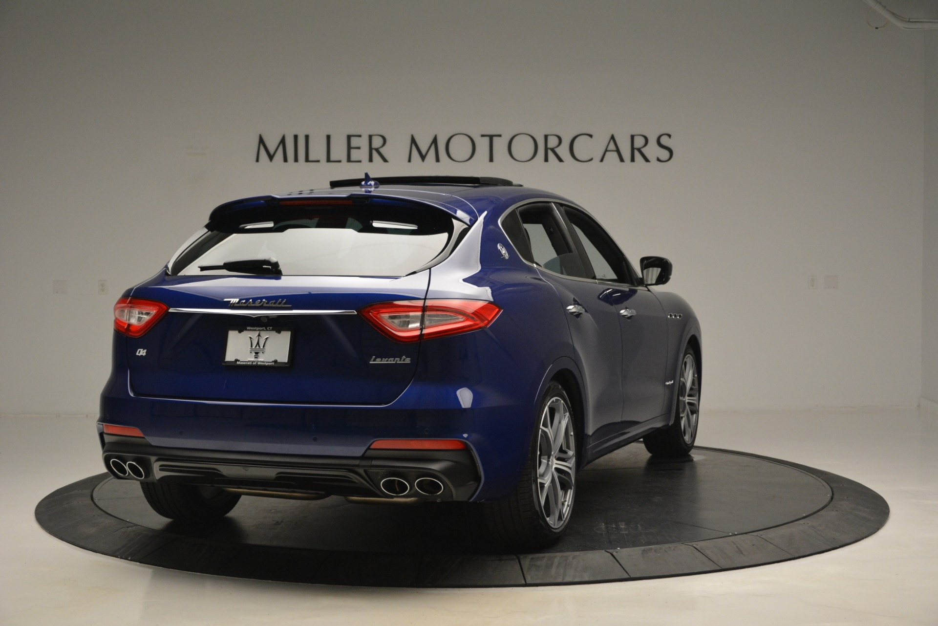 New 2019 Maserati Levante Q4 GranSport For Sale In Westport, CT 2670_p10