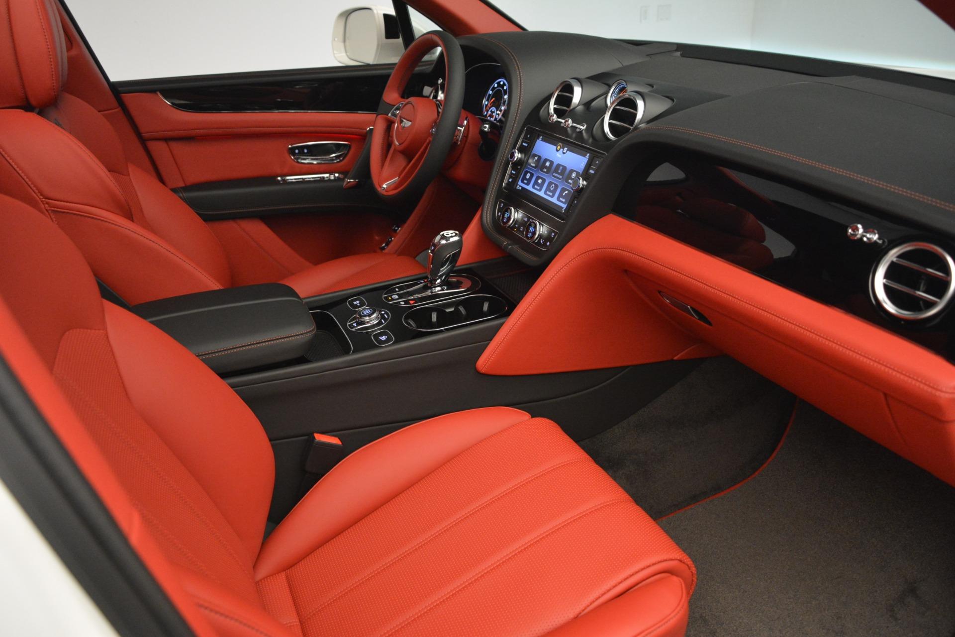 New 2019 Bentley Bentayga V8 For Sale In Westport, CT 2673_p26