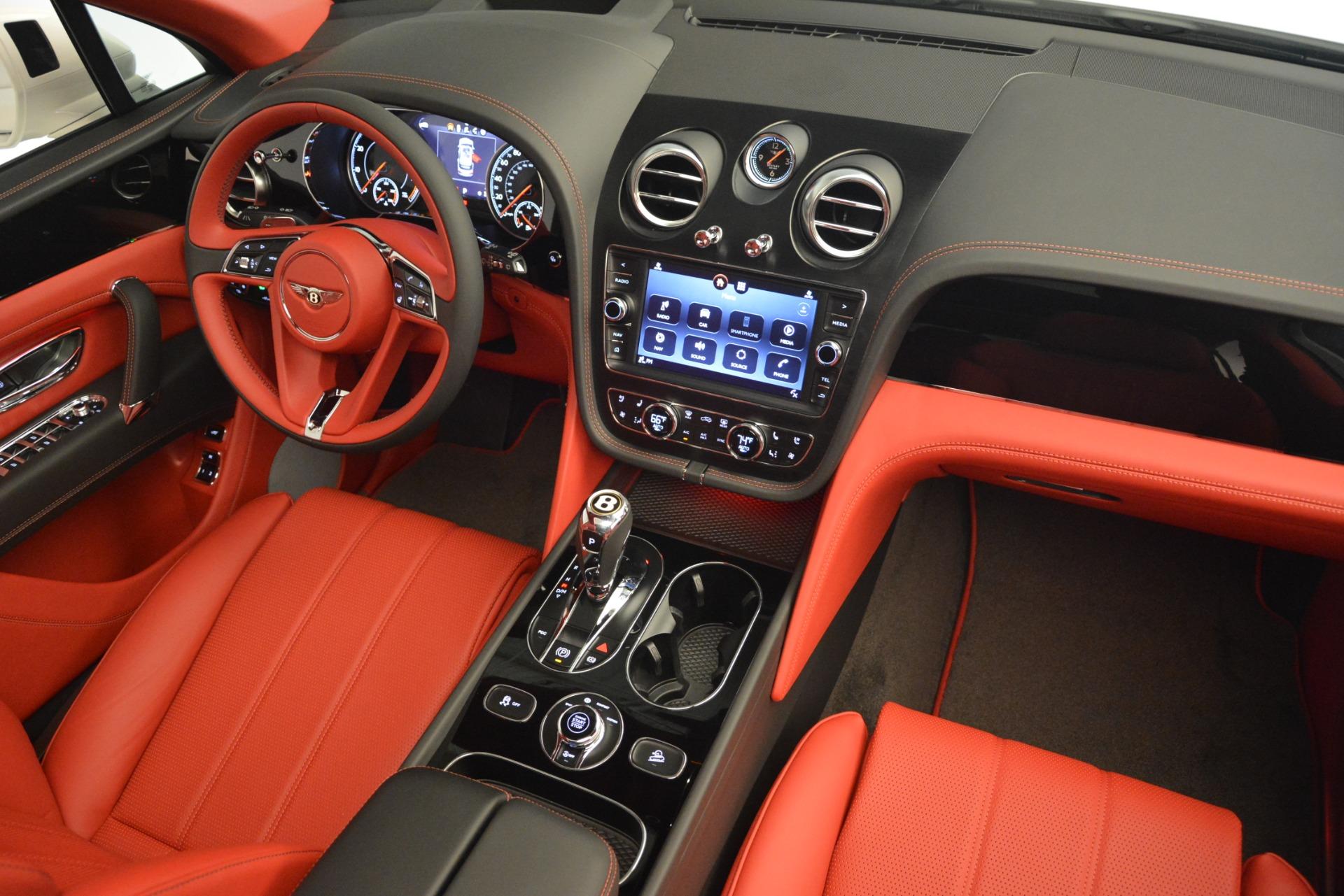 New 2019 Bentley Bentayga V8 For Sale In Westport, CT 2673_p29