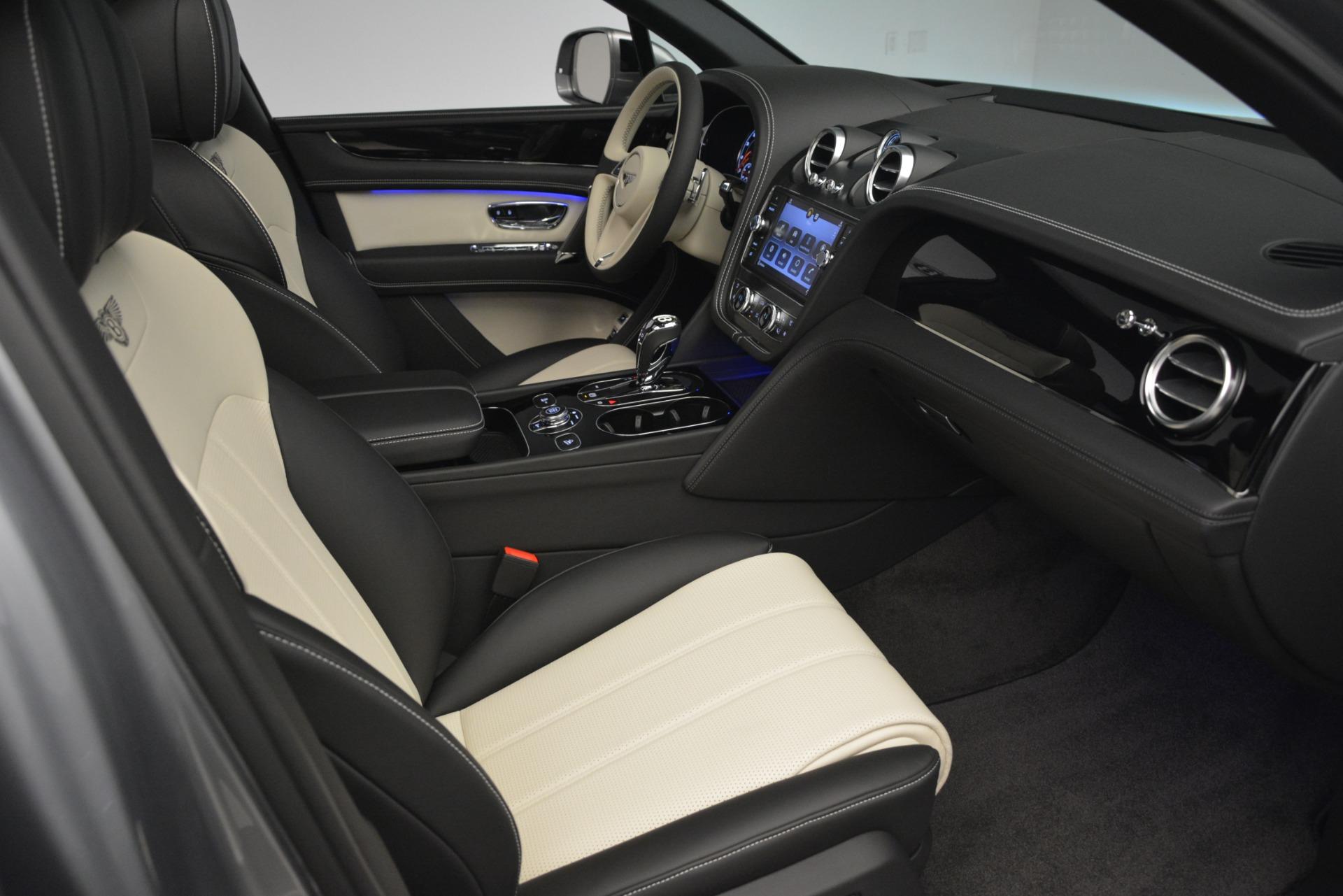 New 2019 Bentley Bentayga V8 For Sale In Westport, CT 2674_p27