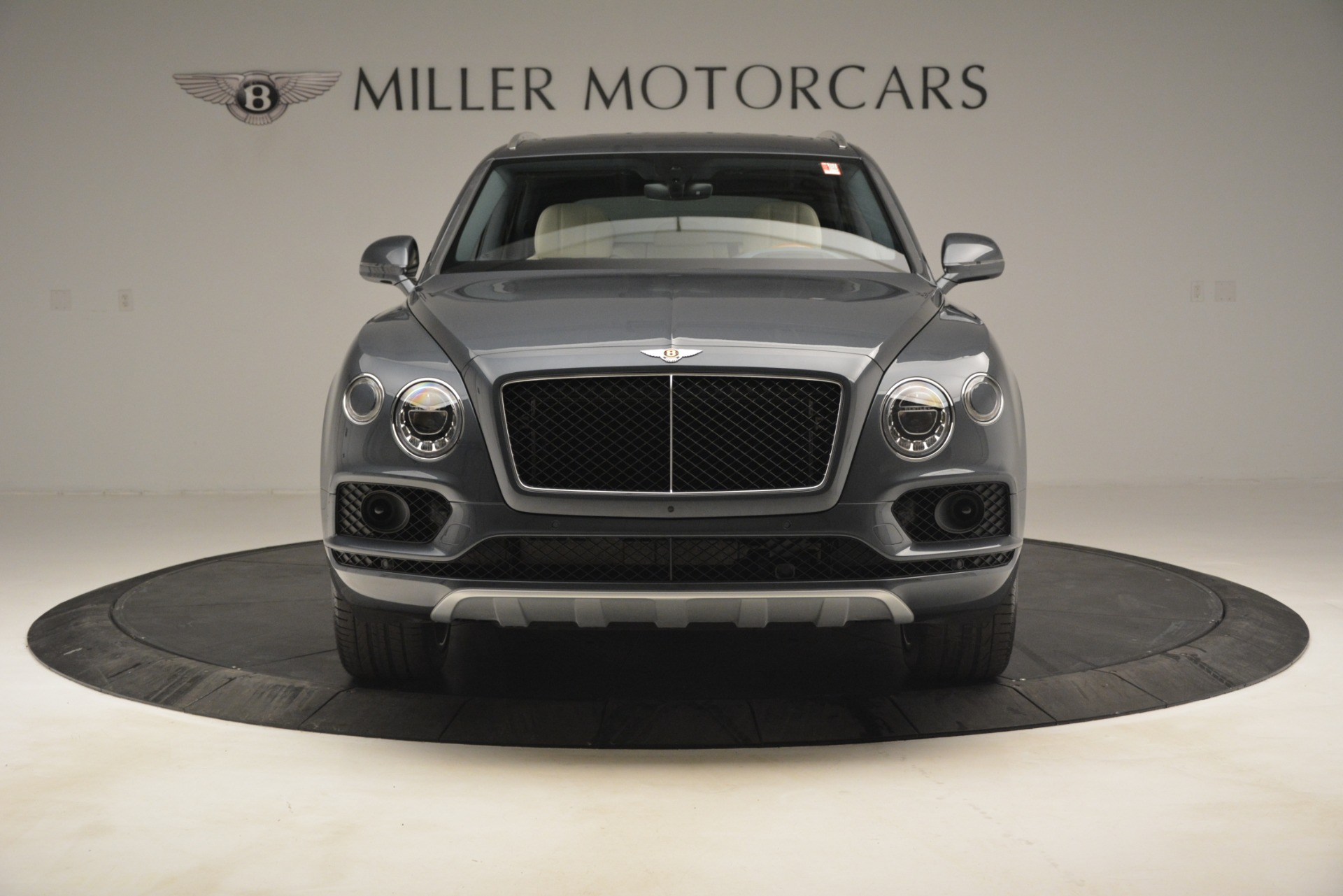 New 2019 Bentley Bentayga V8 For Sale In Westport, CT 2676_p14