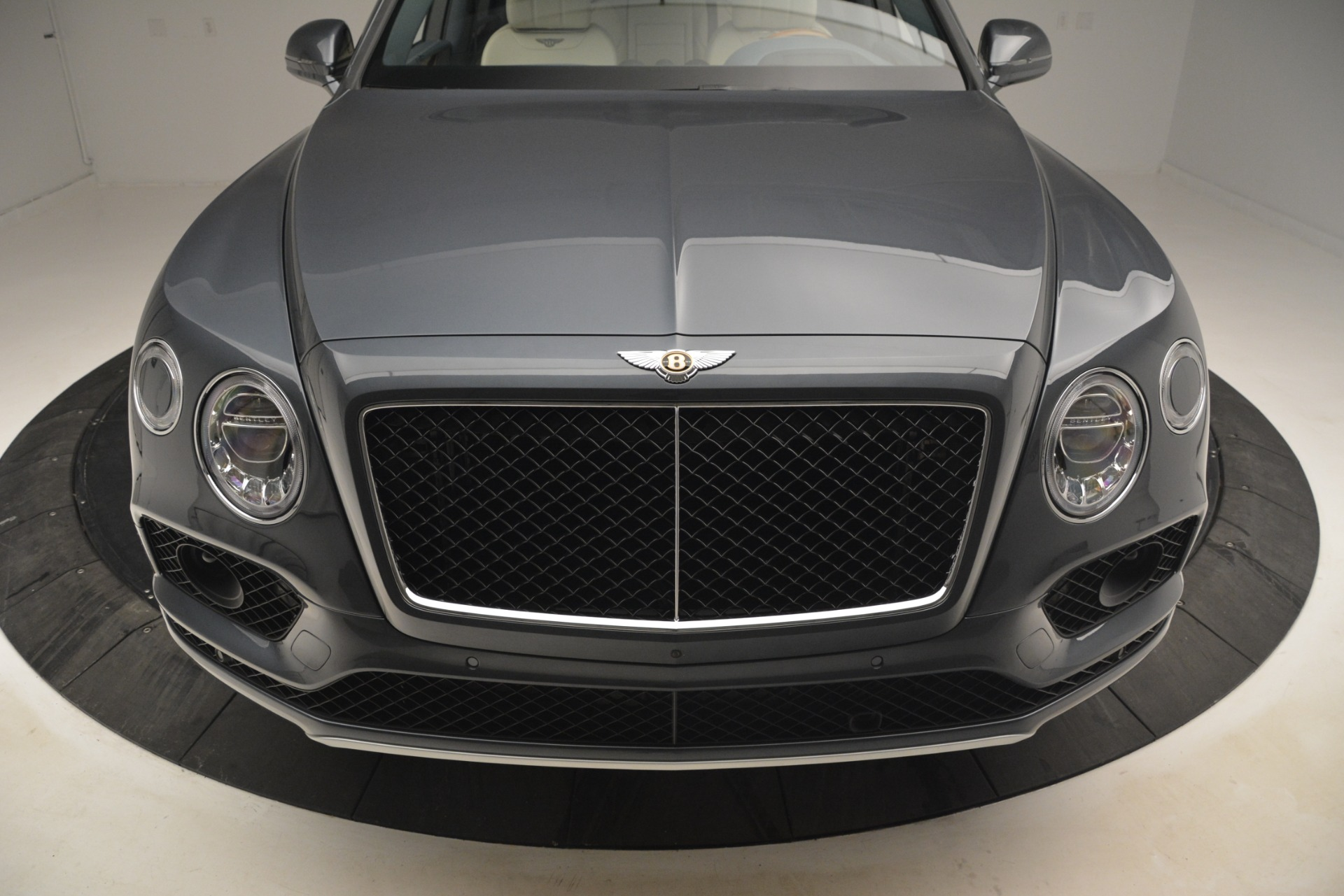 New 2019 Bentley Bentayga V8 For Sale In Westport, CT 2676_p15