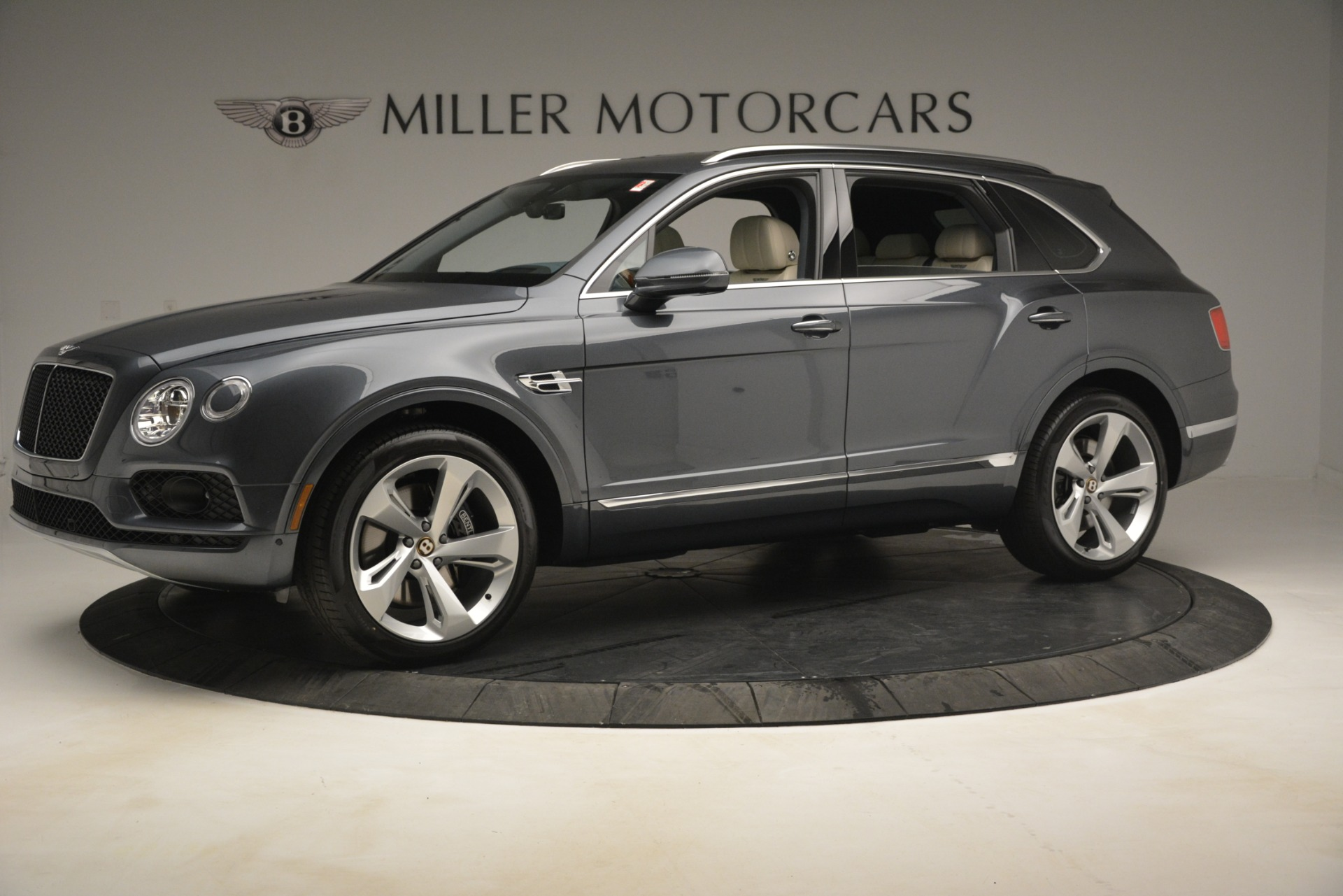 New 2019 Bentley Bentayga V8 For Sale In Westport, CT 2676_p2