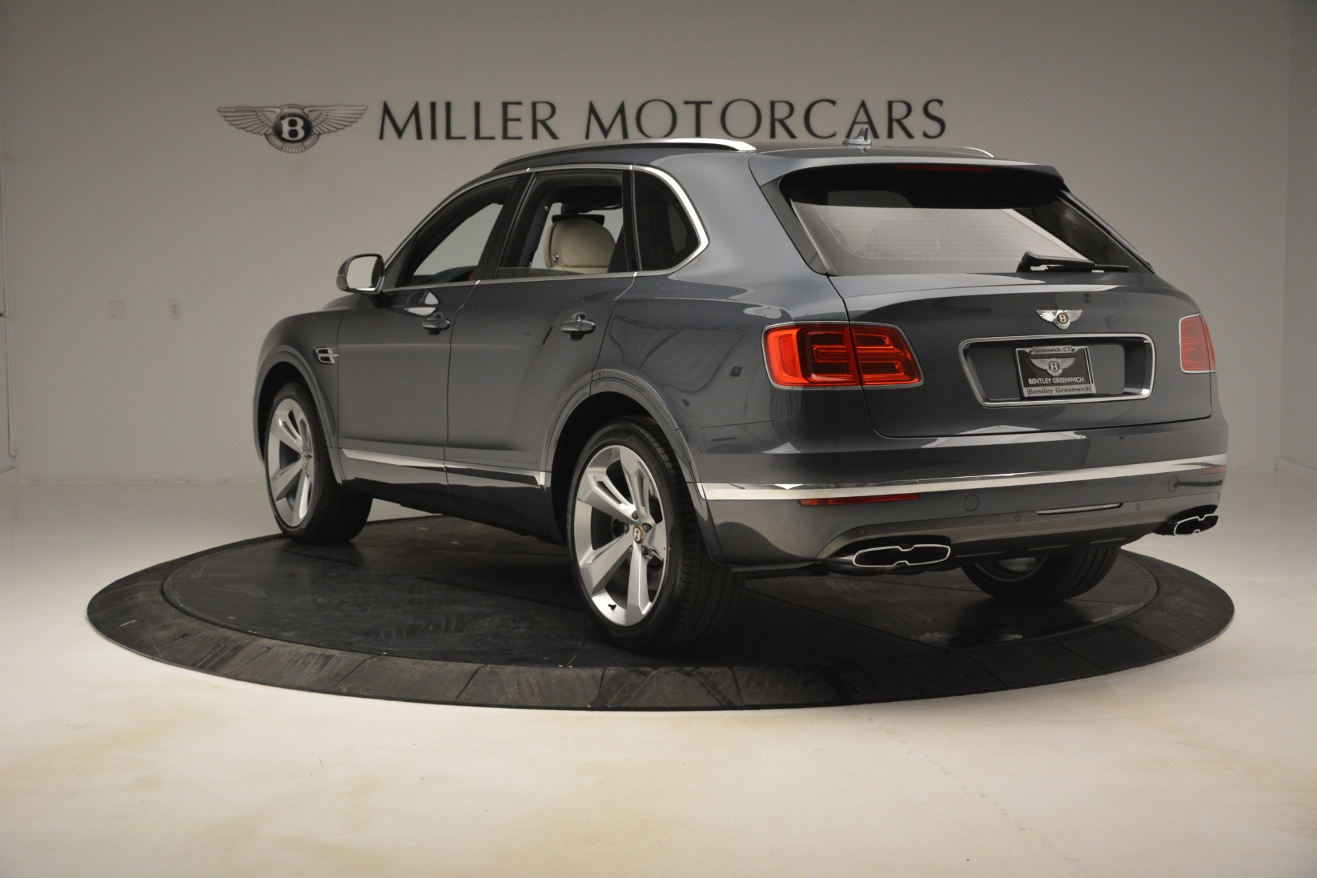 New 2019 Bentley Bentayga V8 For Sale In Westport, CT 2676_p5