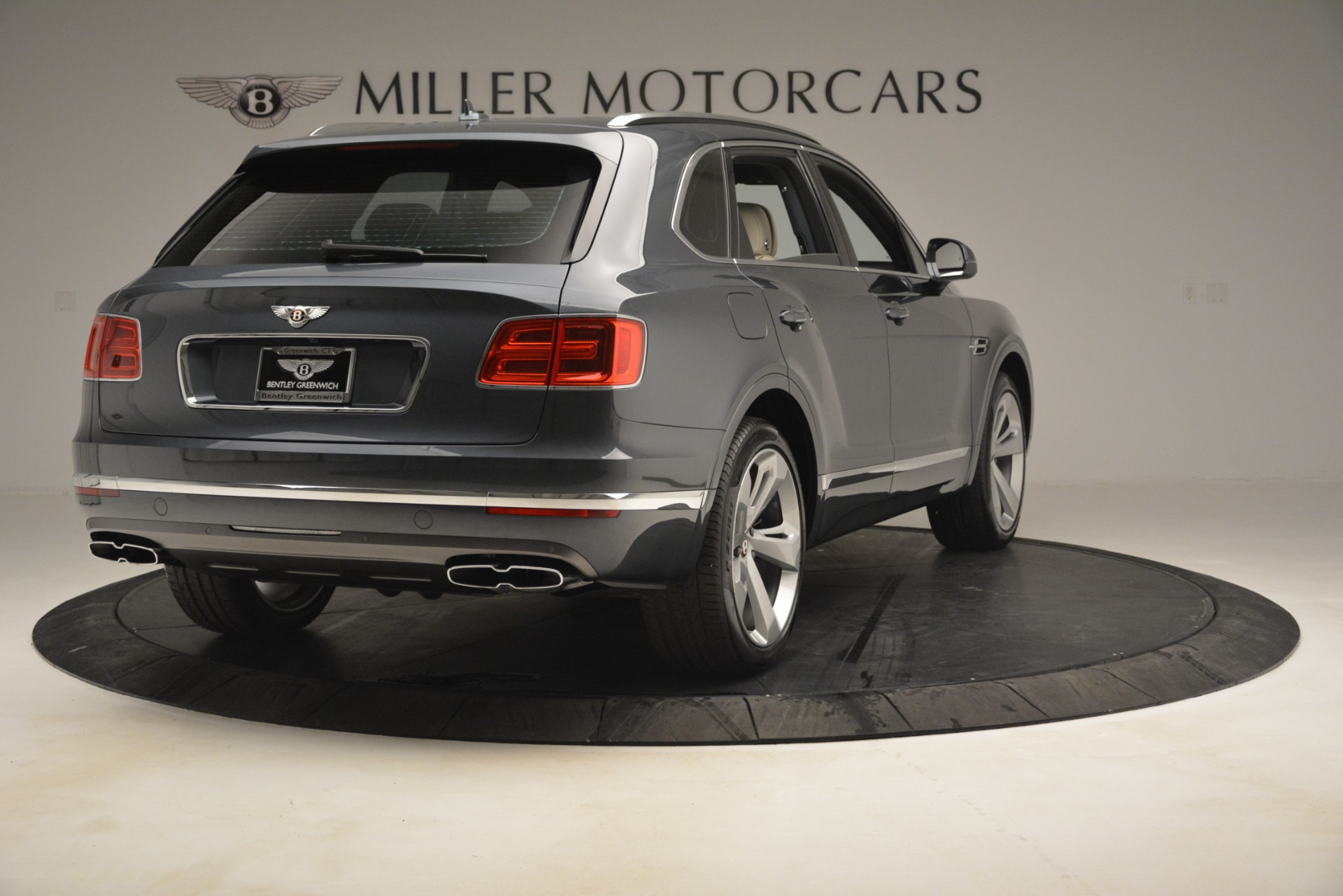 New 2019 Bentley Bentayga V8 For Sale In Westport, CT 2676_p7