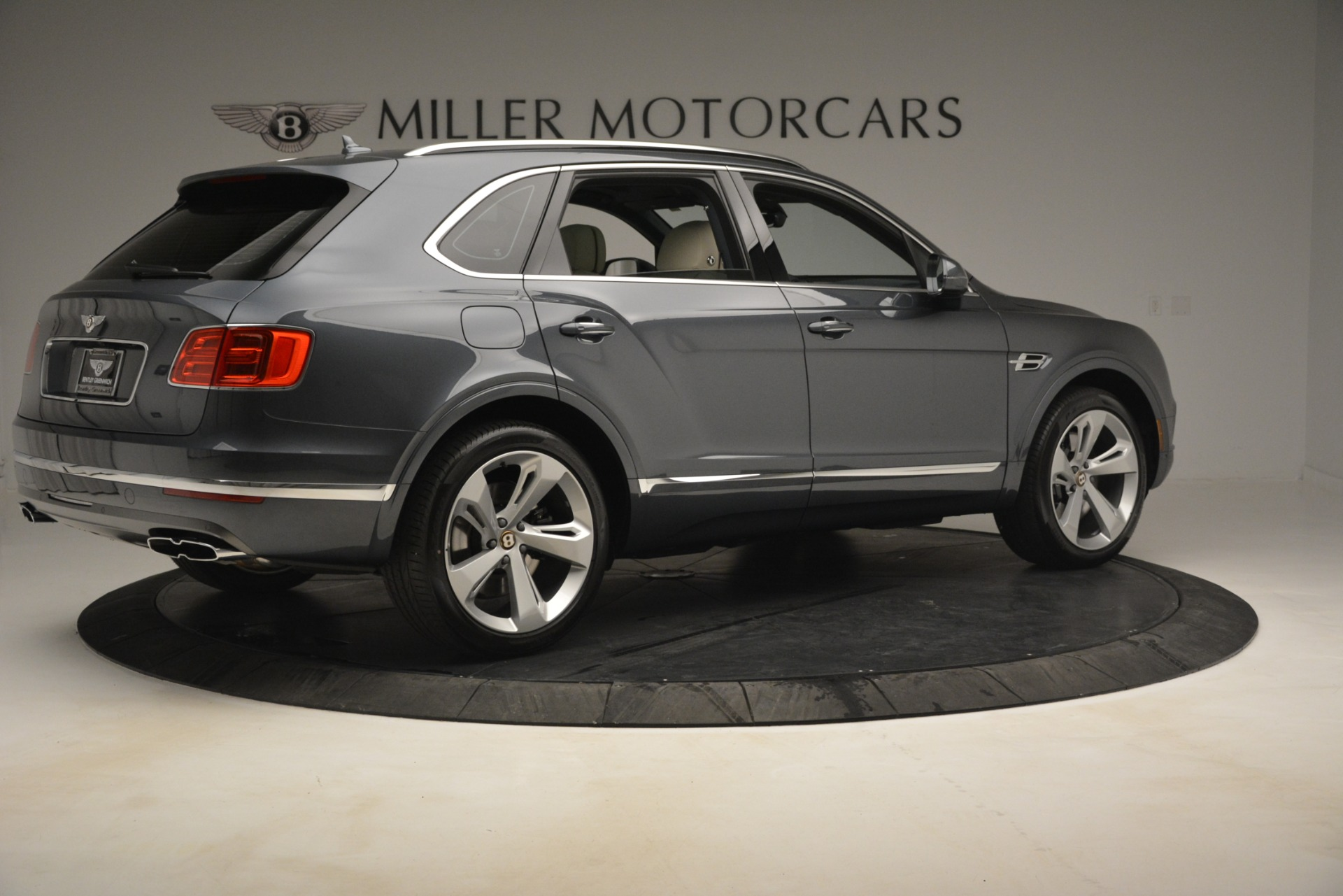 New 2019 Bentley Bentayga V8 For Sale In Westport, CT 2676_p8