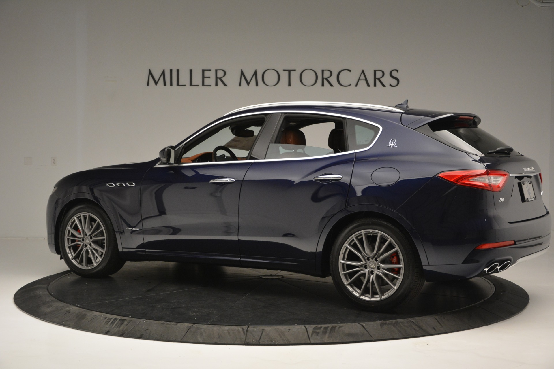New 2019 Maserati Levante Q4 GranLusso For Sale In Westport, CT 2678_p4