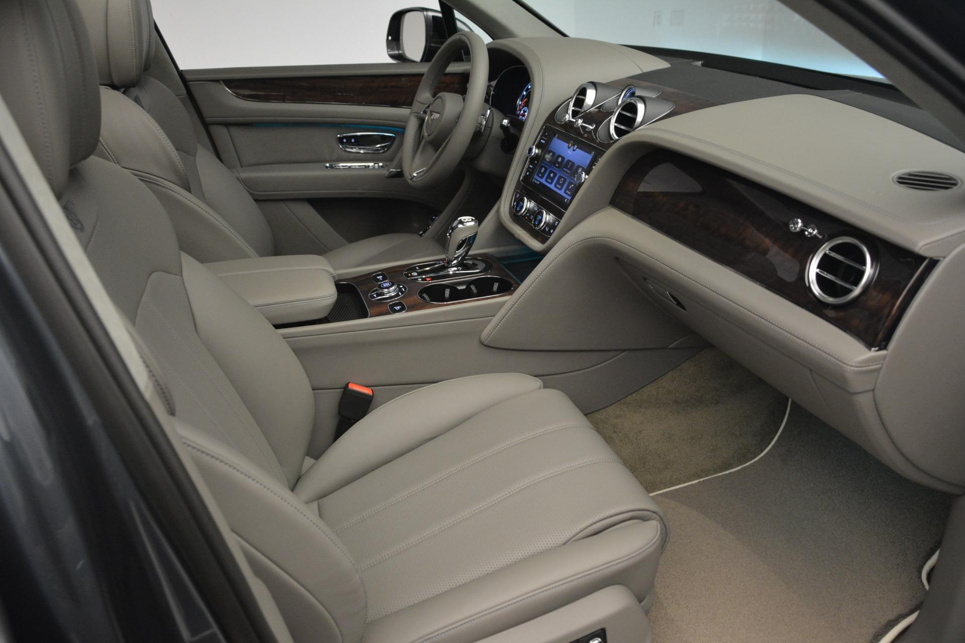 New 2019 Bentley Bentayga V8 For Sale In Westport, CT 2700_p26
