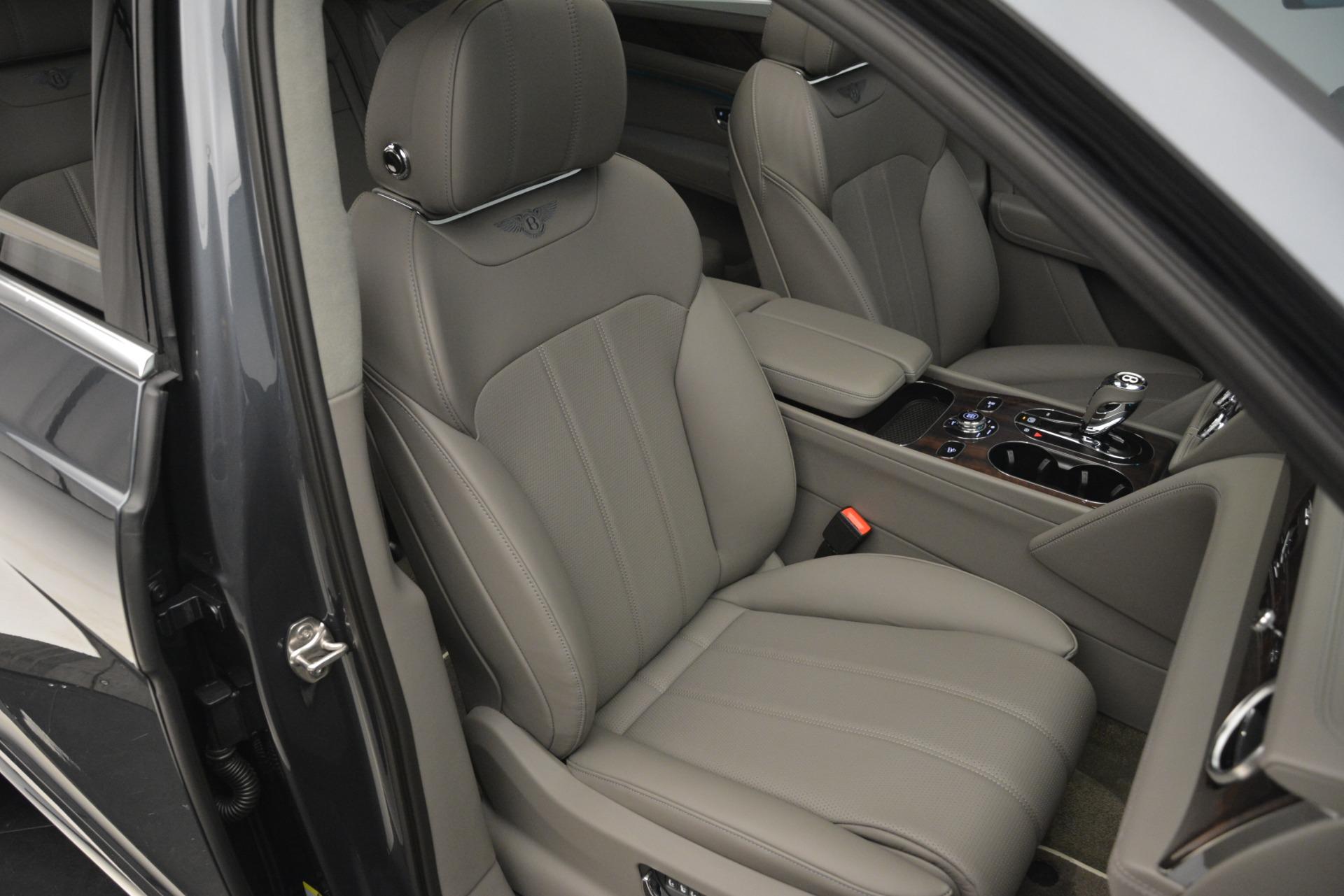 New 2019 Bentley Bentayga V8 For Sale In Westport, CT 2700_p28
