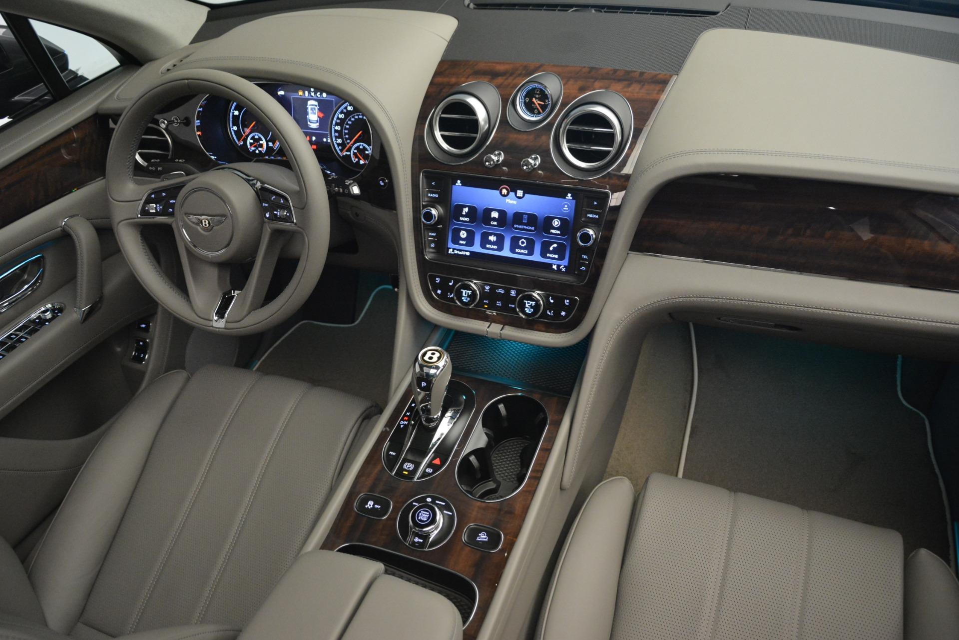 New 2019 Bentley Bentayga V8 For Sale In Westport, CT 2700_p29