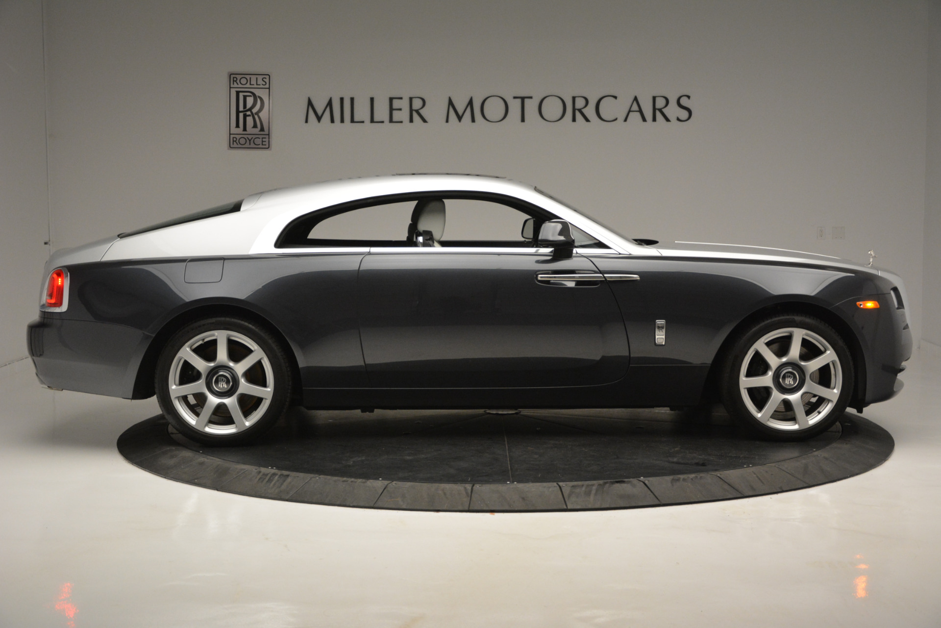 Used 2015 Rolls-Royce Wraith  For Sale In Westport, CT 2716_p6