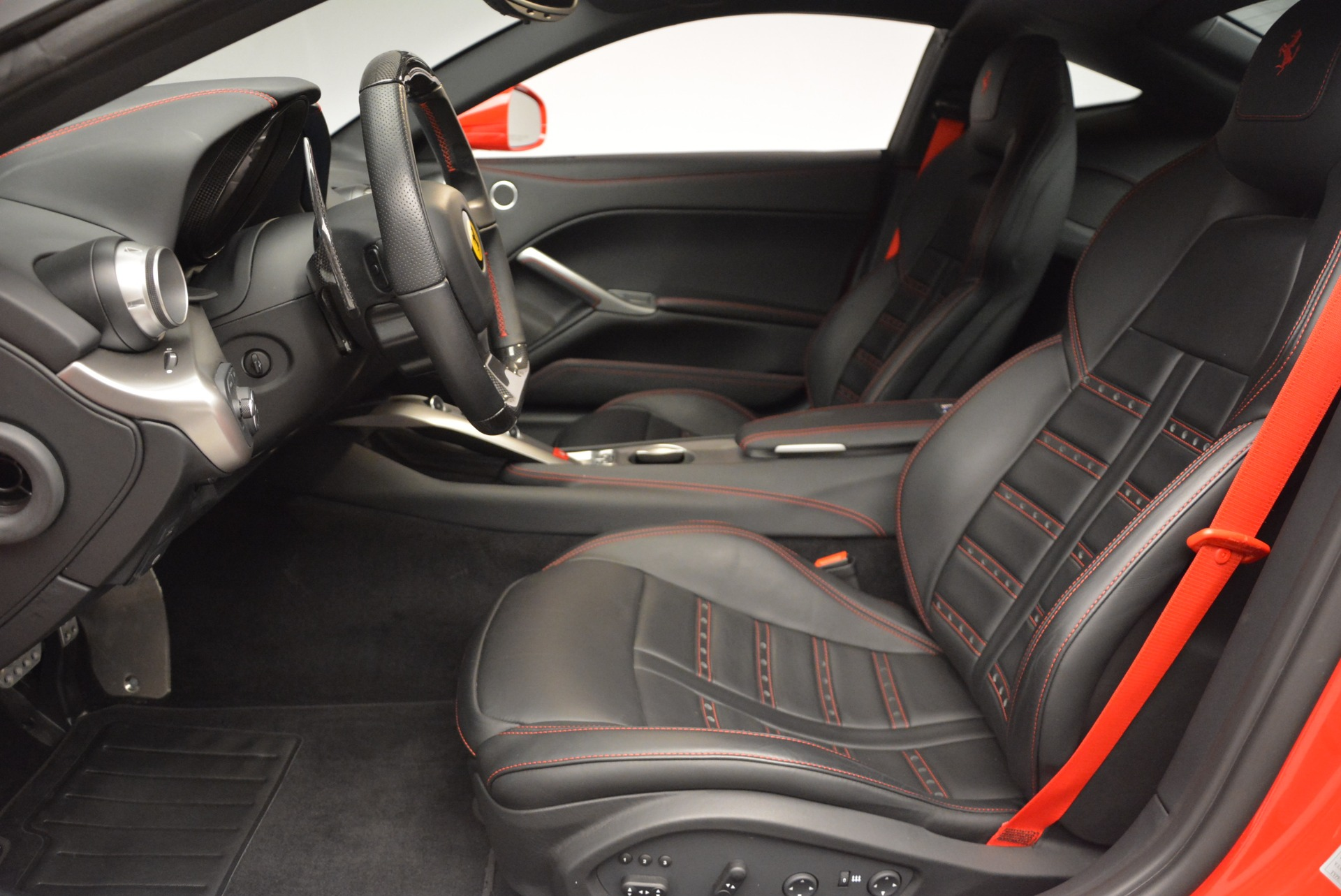 Used 2015 Ferrari F12 Berlinetta  For Sale In Westport, CT 2717_p14