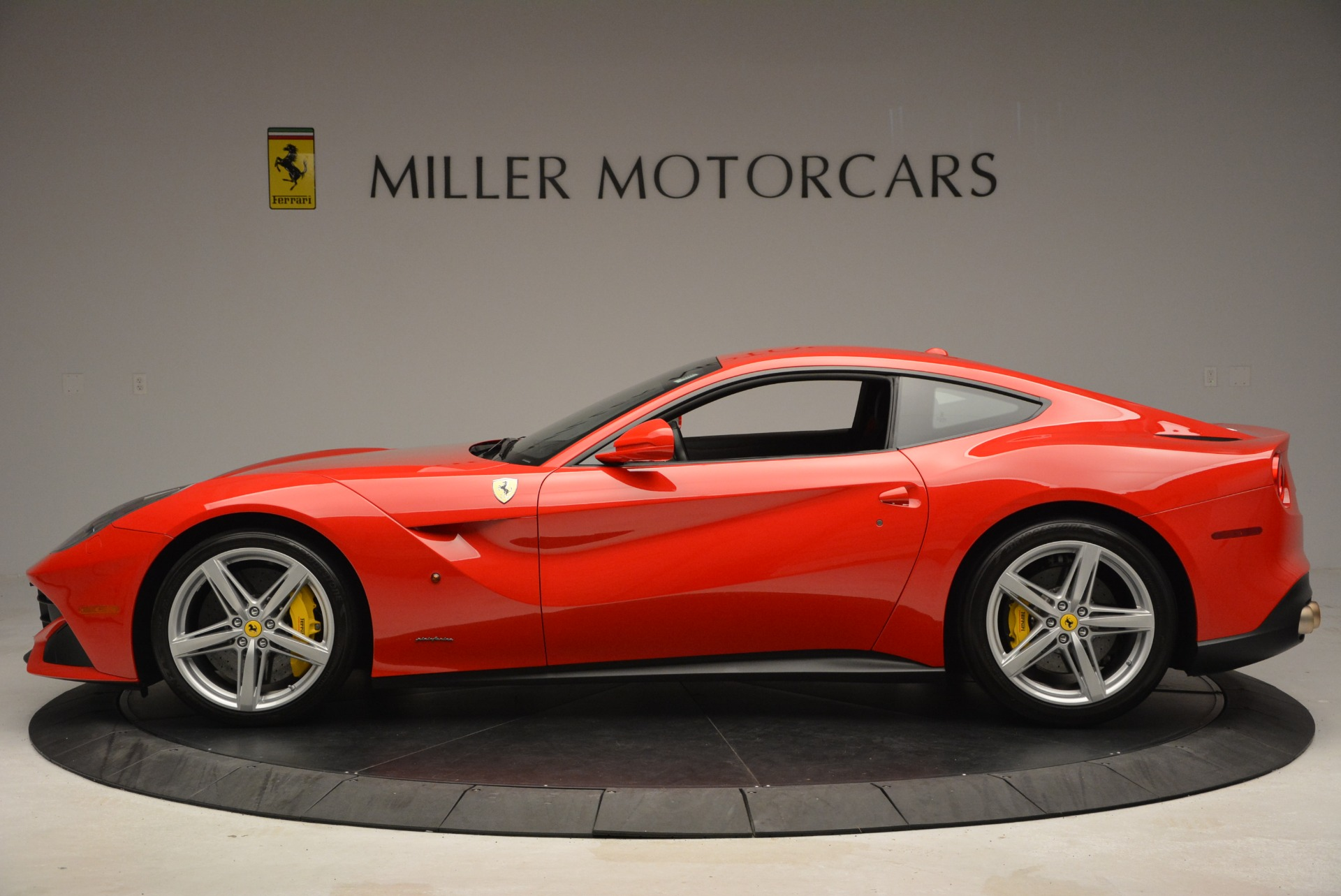 Used 2015 Ferrari F12 Berlinetta  For Sale In Westport, CT 2717_p3
