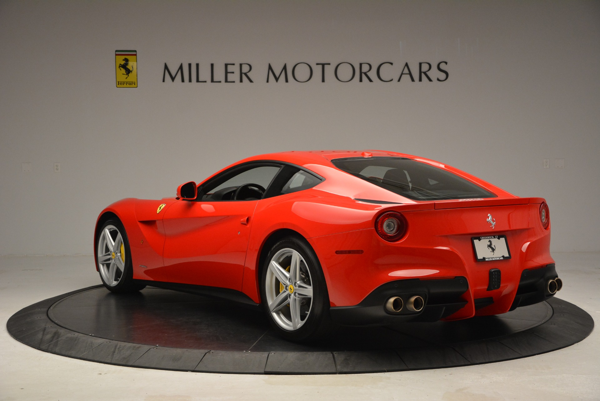 Used 2015 Ferrari F12 Berlinetta  For Sale In Westport, CT 2717_p5