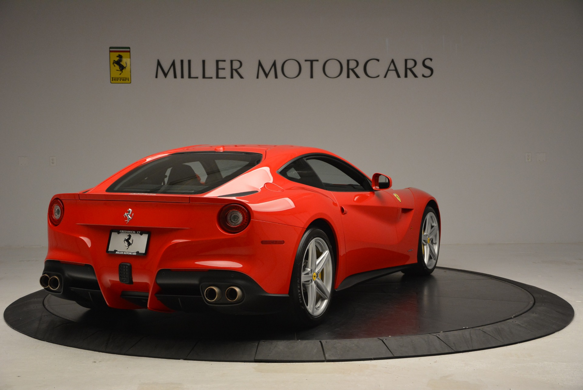 Used 2015 Ferrari F12 Berlinetta  For Sale In Westport, CT 2717_p7