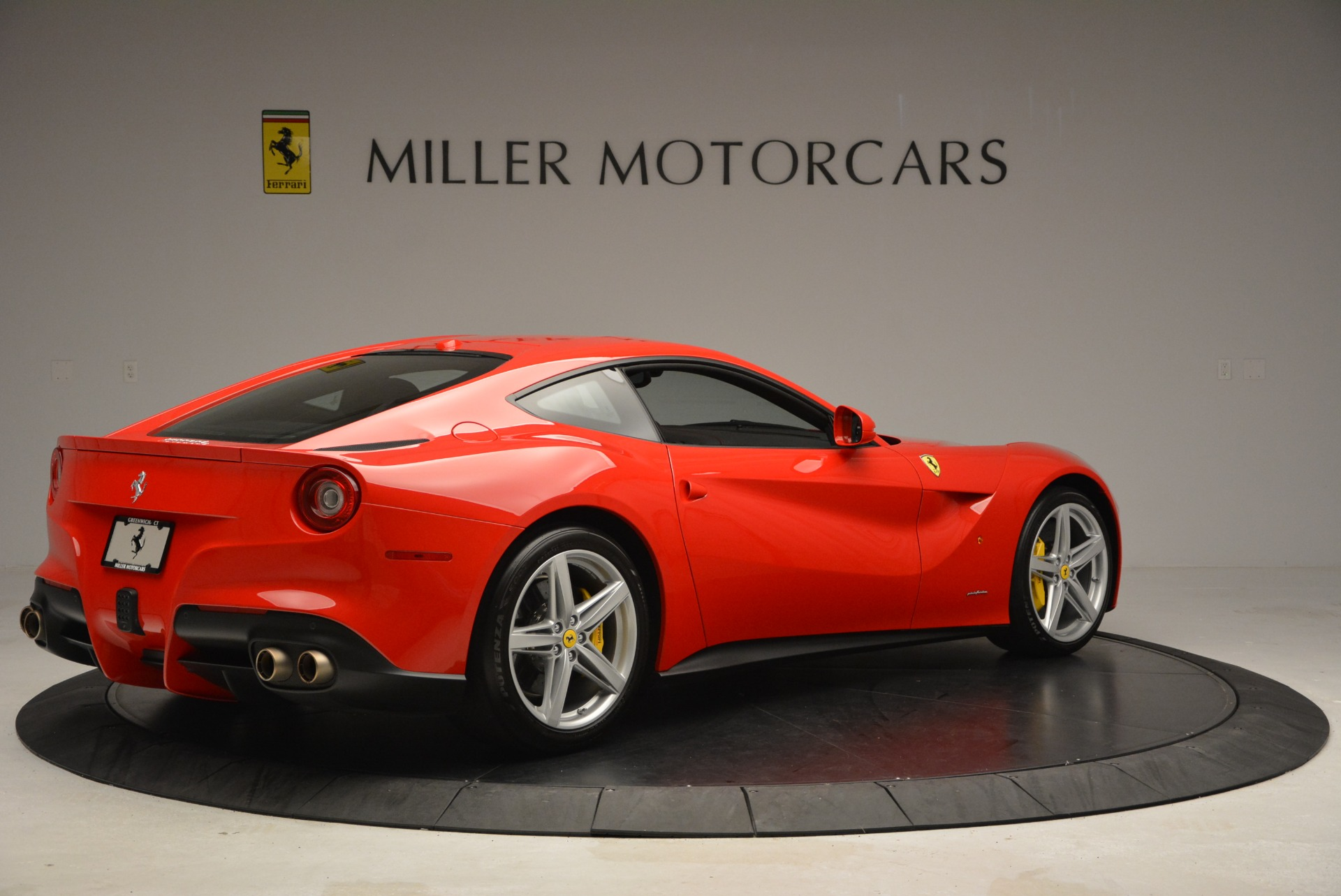 Used 2015 Ferrari F12 Berlinetta  For Sale In Westport, CT 2717_p8