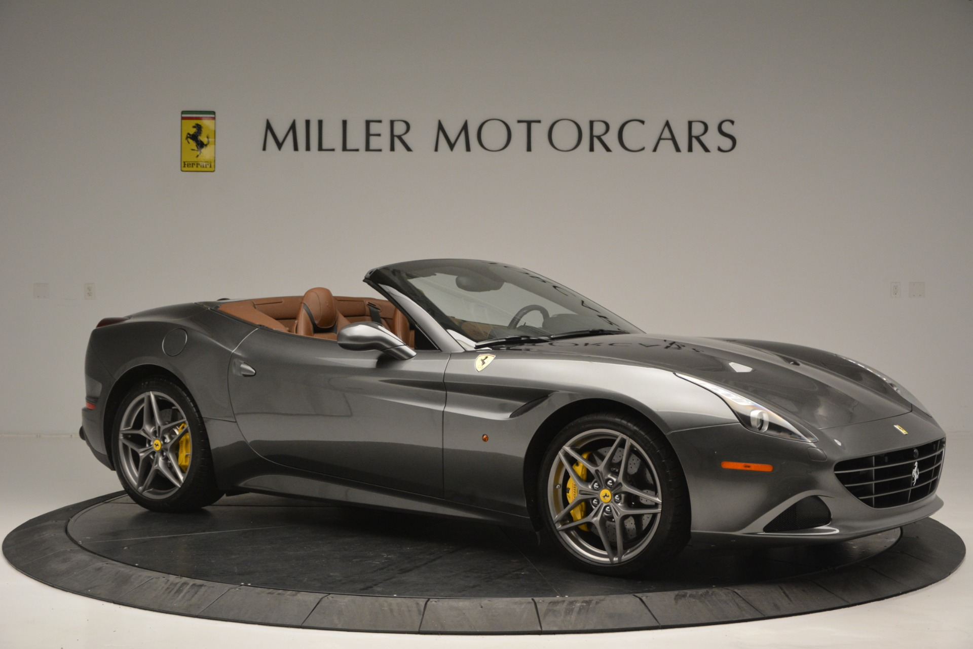 Used 2016 Ferrari California T Handling Speciale For Sale In Westport, CT 2721_p10