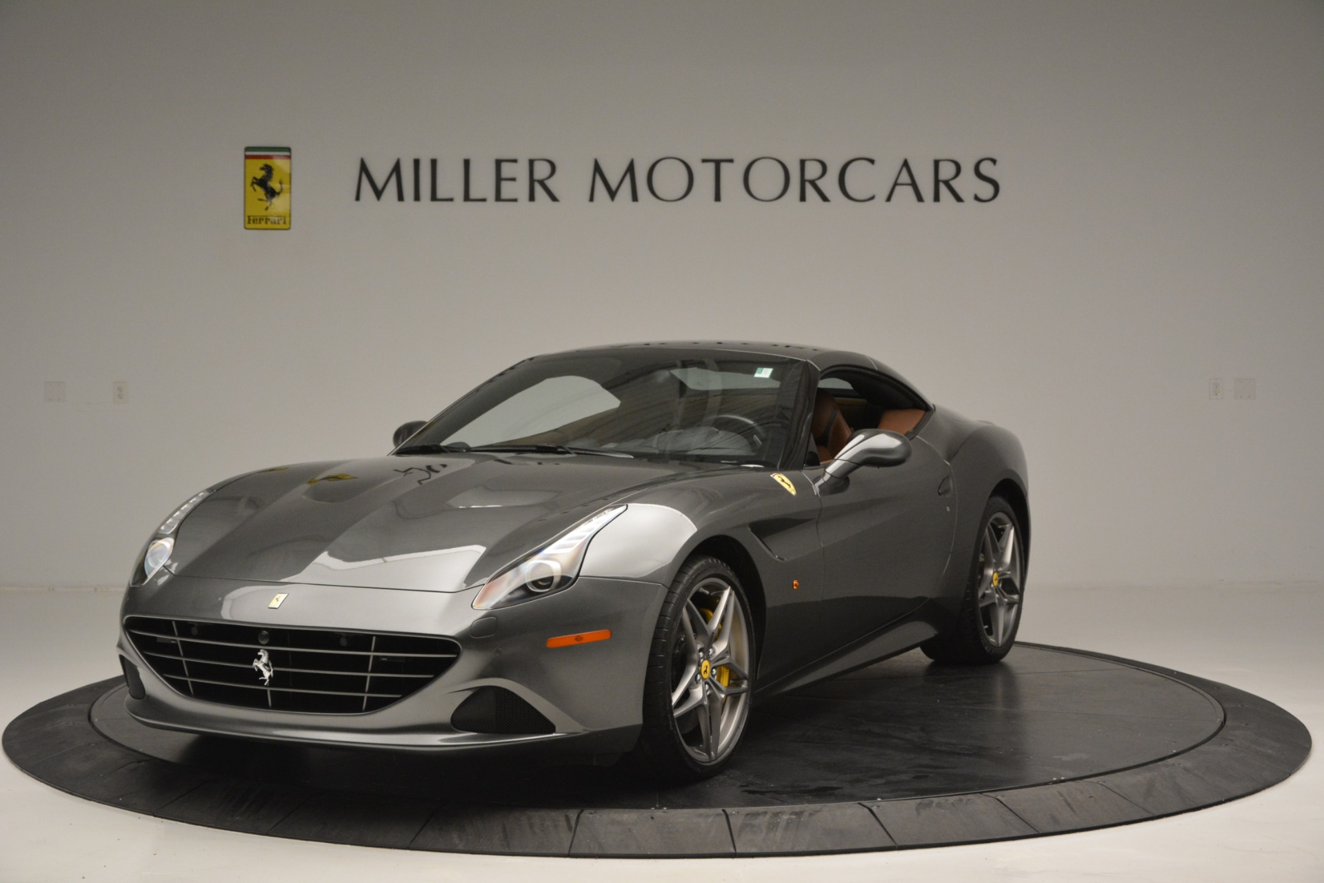 Used 2016 Ferrari California T Handling Speciale For Sale In Westport, CT 2721_p13